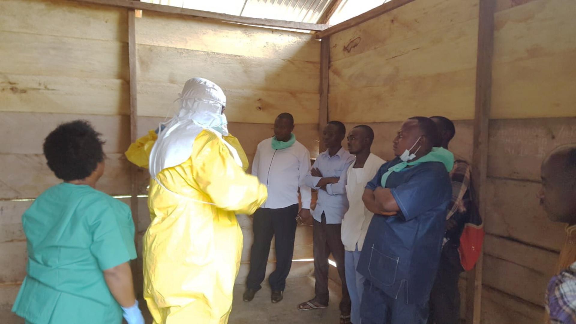 Novo surto de Ébola na RD Congo com 22 casos confirmados
