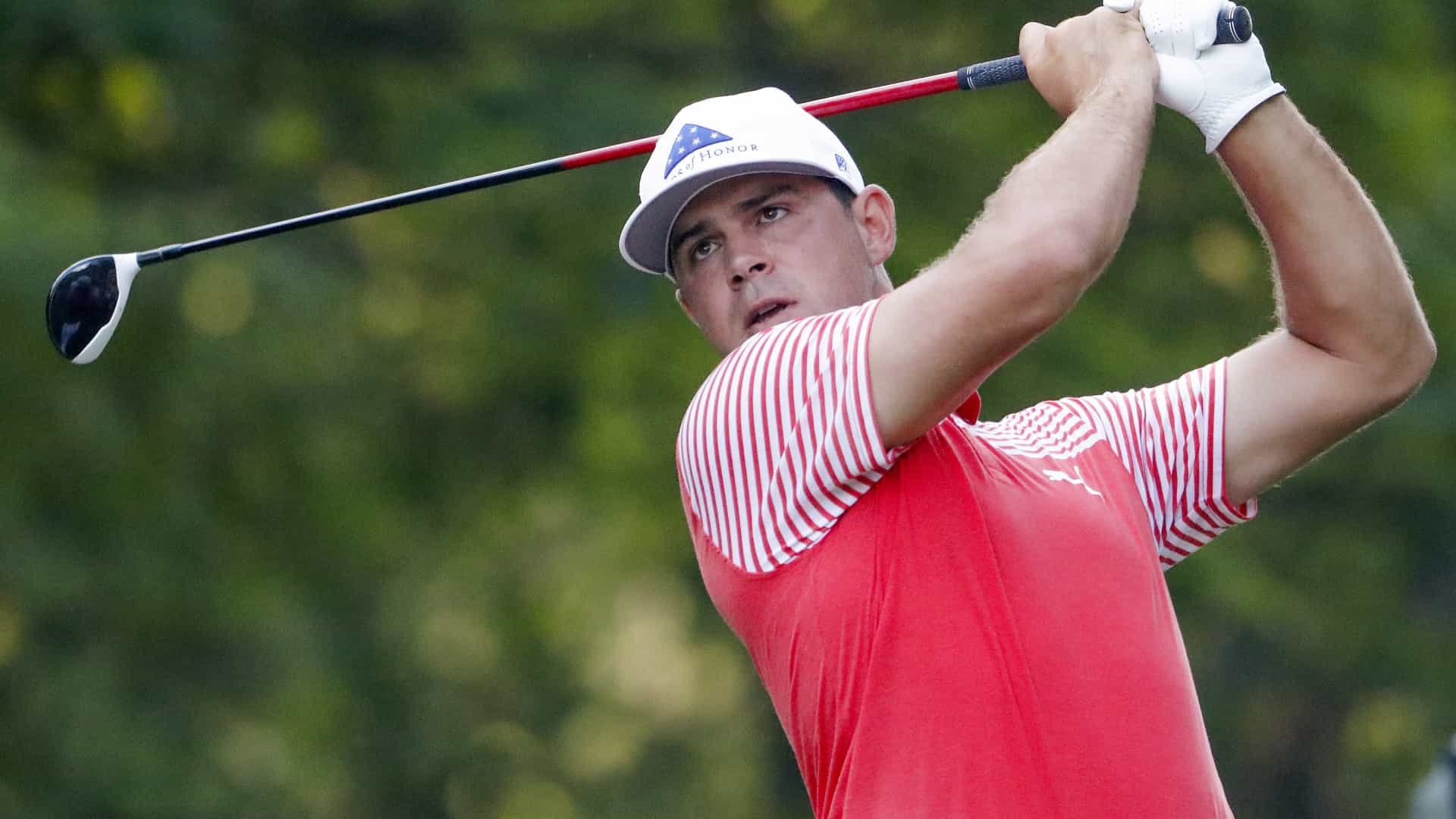 Gary Woodland segue na frente do PGA Championship após duas rondas