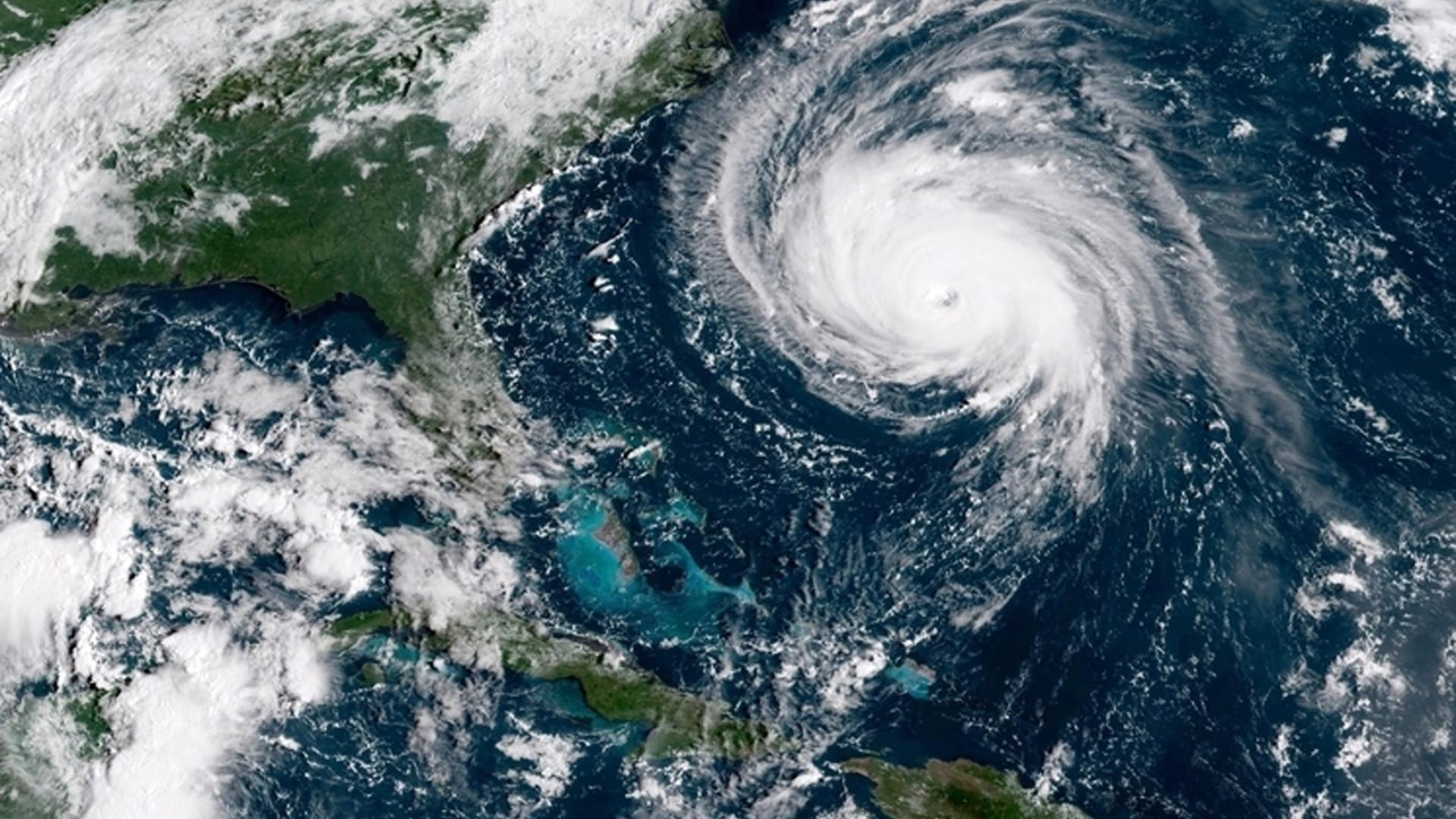 Barril de Brent supera 80 dólares com aproximação de furacão dos EUA