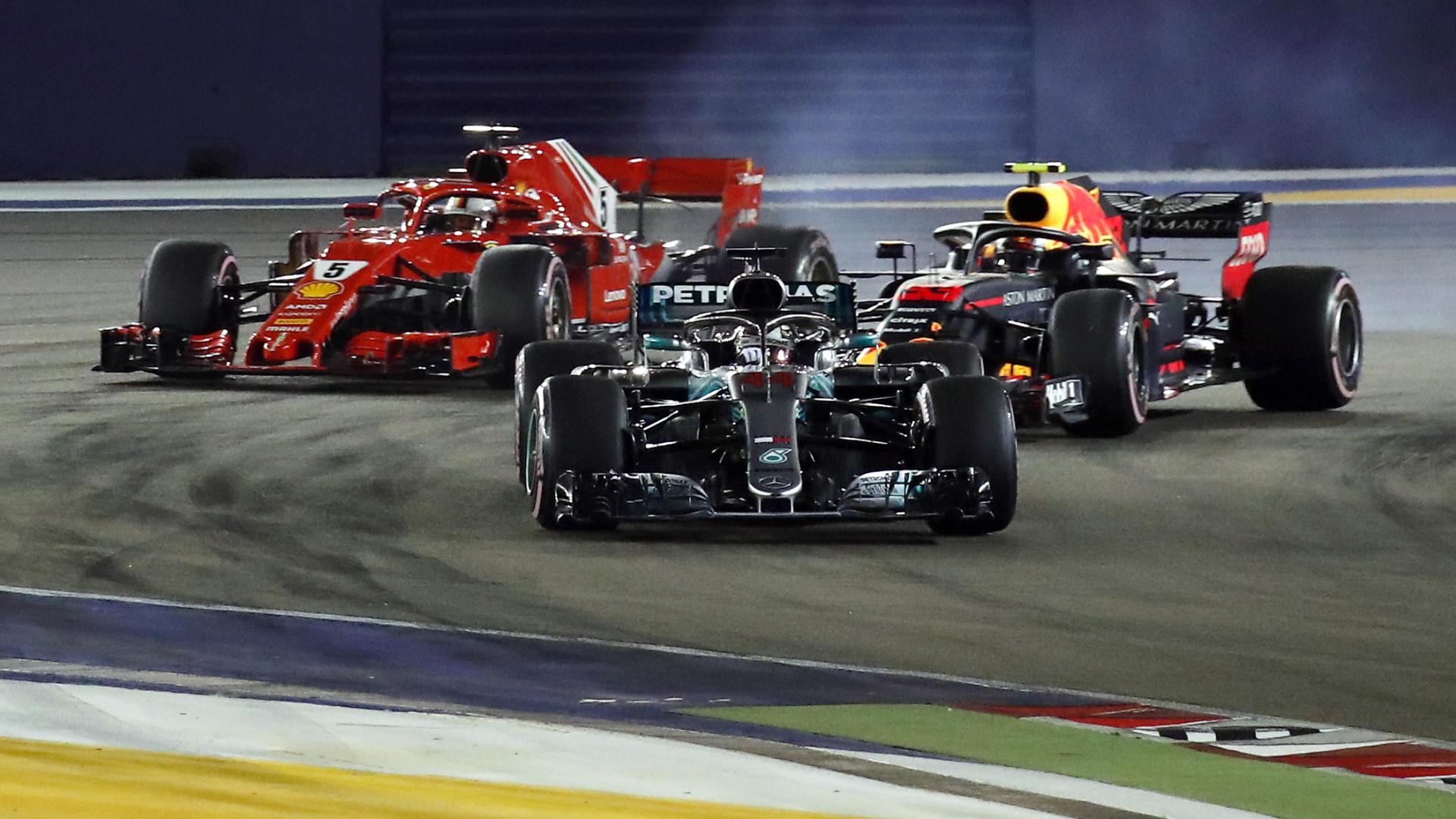 Hamilton vence Grande Prémio de Singapura e reforça liderança no Mundial