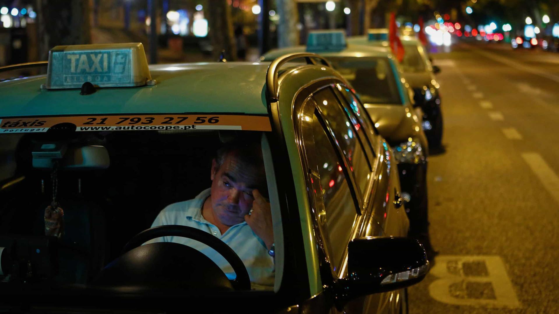 E vão sete. Taxistas mantêm protesto em Lisboa, Porto e Faro