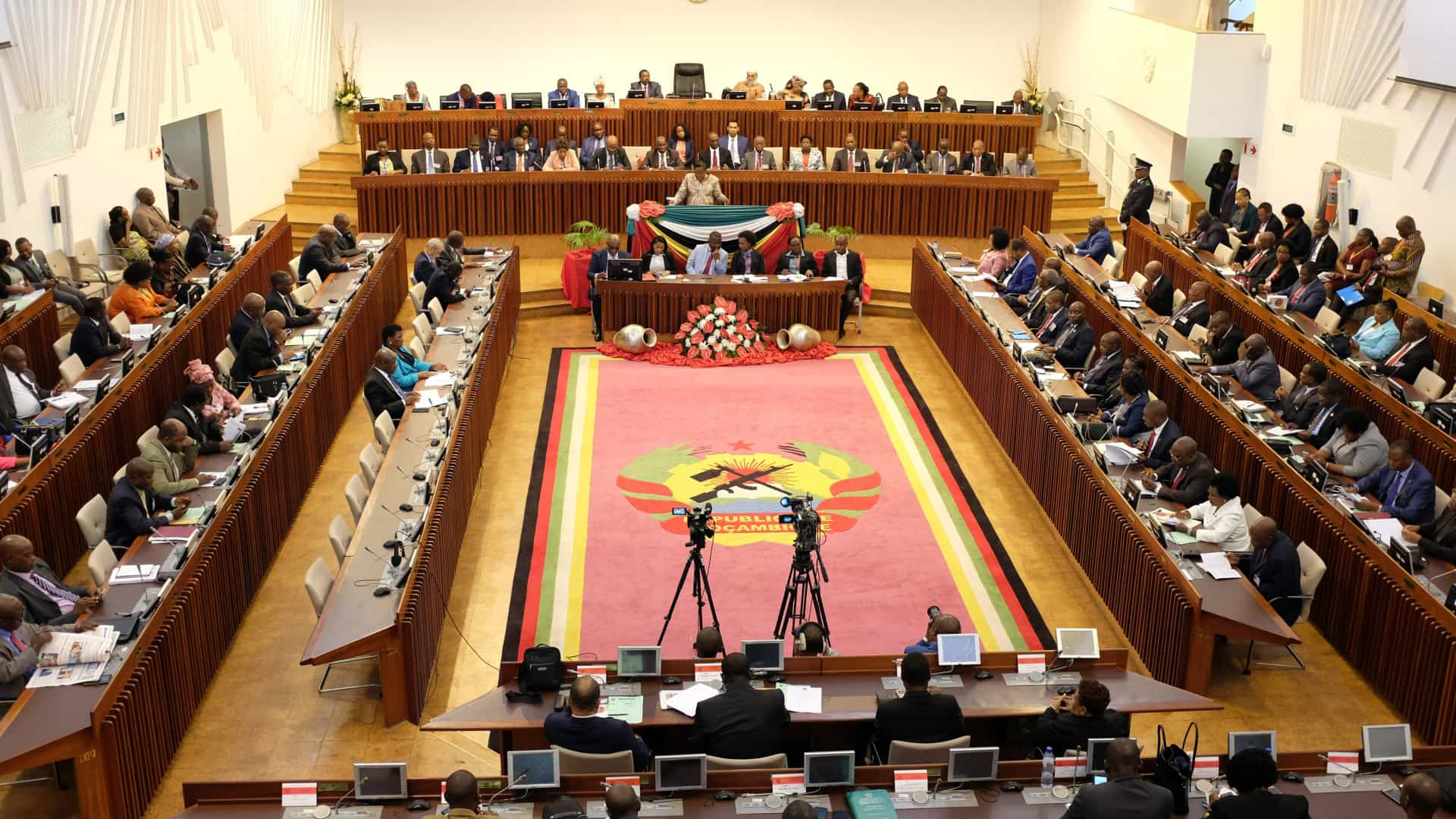 Parlamento moçambicano aprova em definitivo Orçamento para 2019