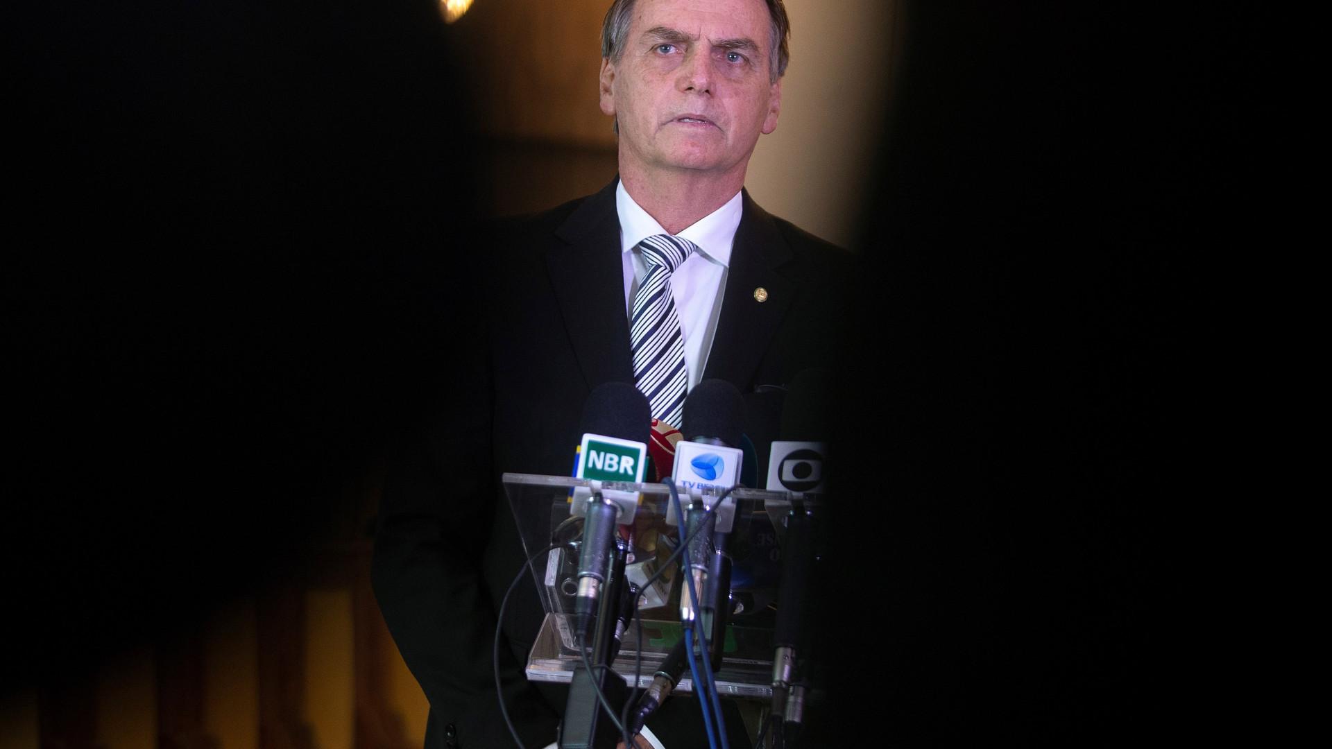 """Bolsonaro diz que Moro vai """"pescar corrupção com rede de 500 metros"""""""