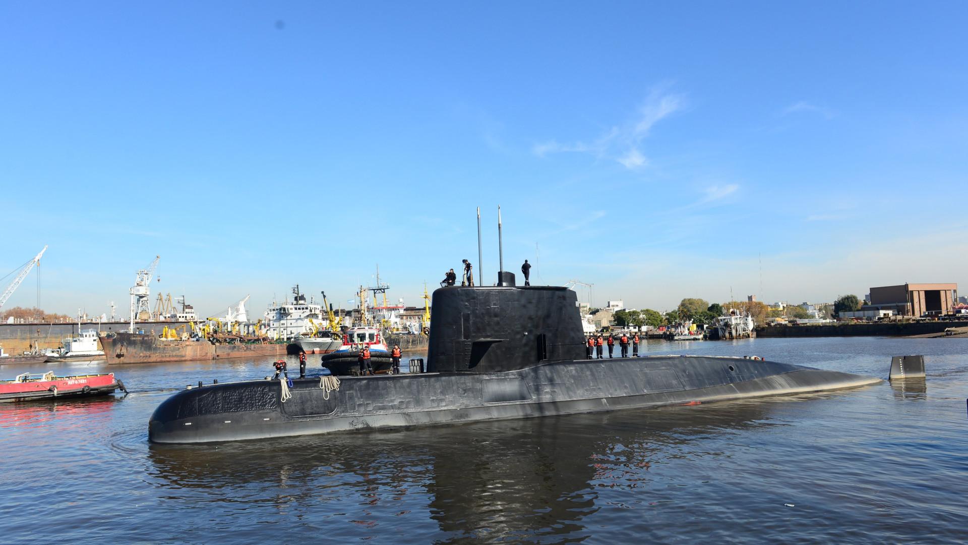 Submarino argentino desaparecido há um ano sofreu uma implosão