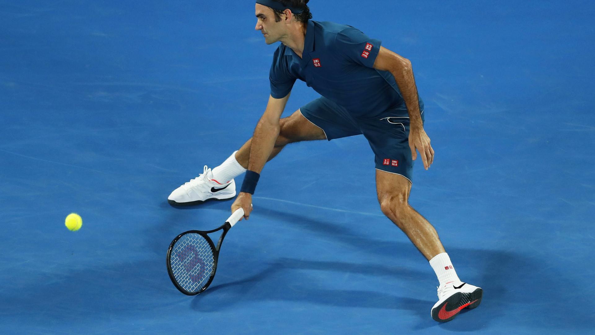 Federer bateu Istomin e segue para a segunda ronda do Open da Austrália