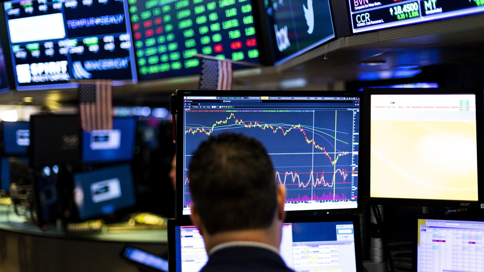 Wall Street fecha em alta com boas perspectivas em negociação com China