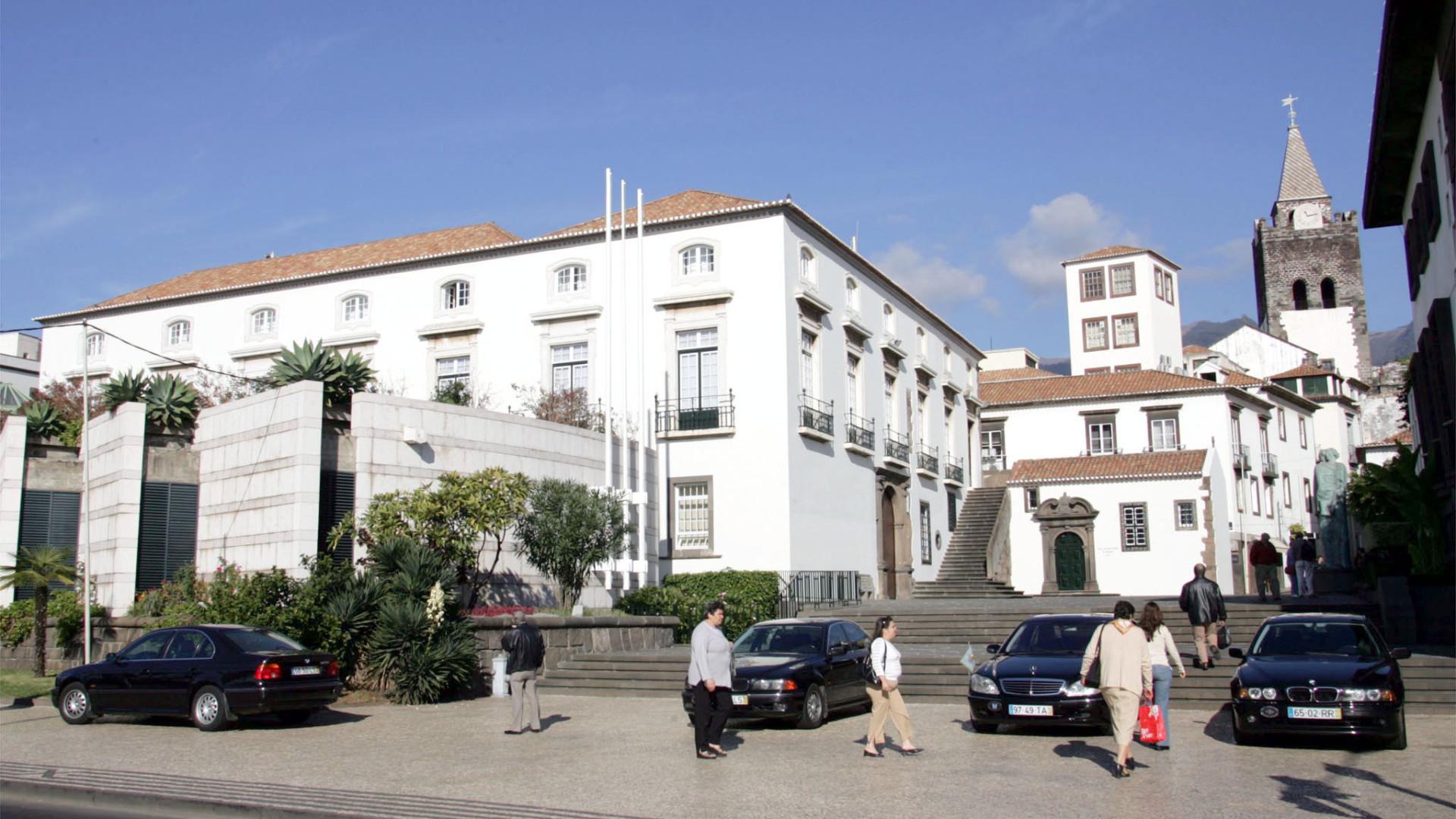 Madeira: Apenas sete deputados do parlamento concorrem às autárquicas