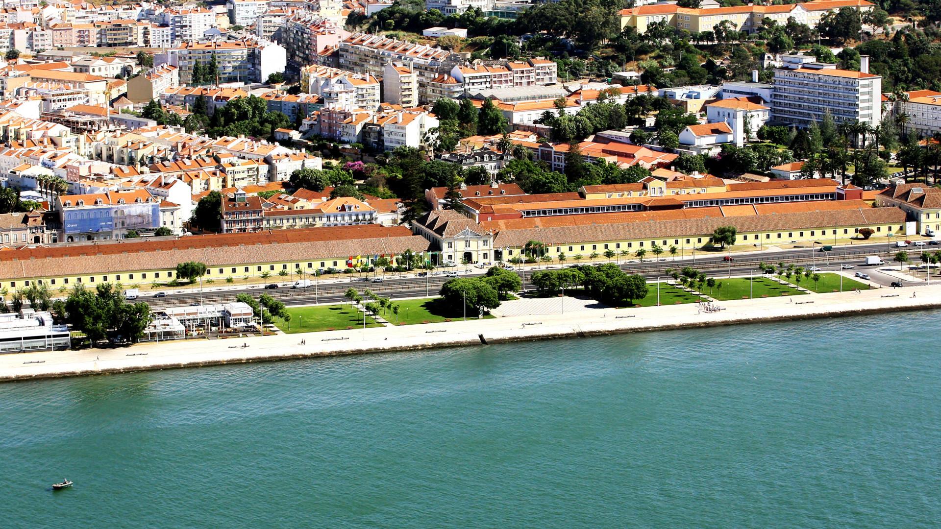 Feira de Arte e Antiguidades com 25 expositores encerra hoje em Lisboa