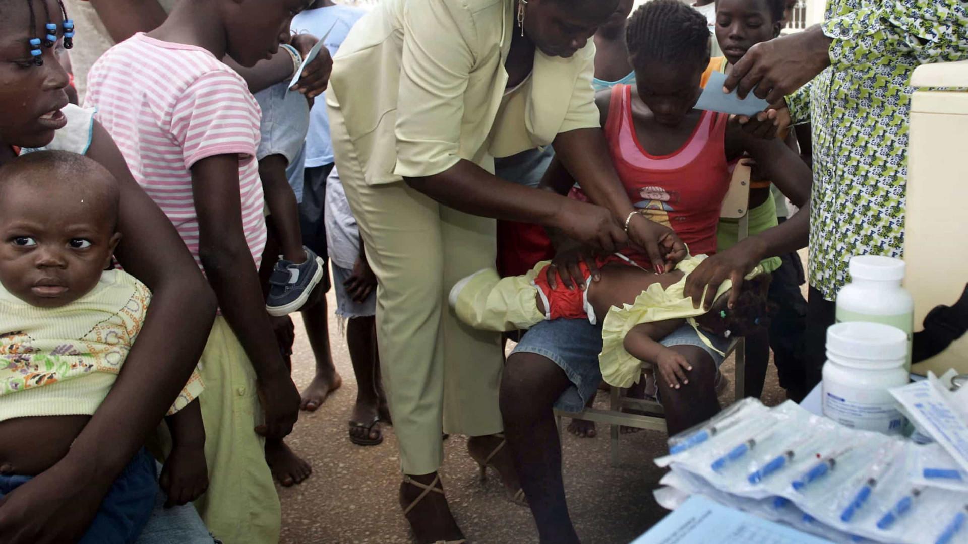 Cerca de 18% das crianças angolanas sem vacinas recomendadas