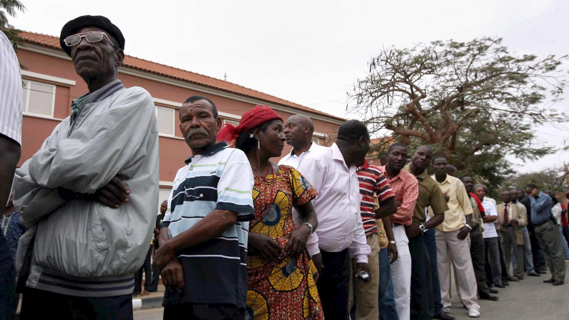 Angola: Proibidas manifestações que não sejam organizadas por partidos