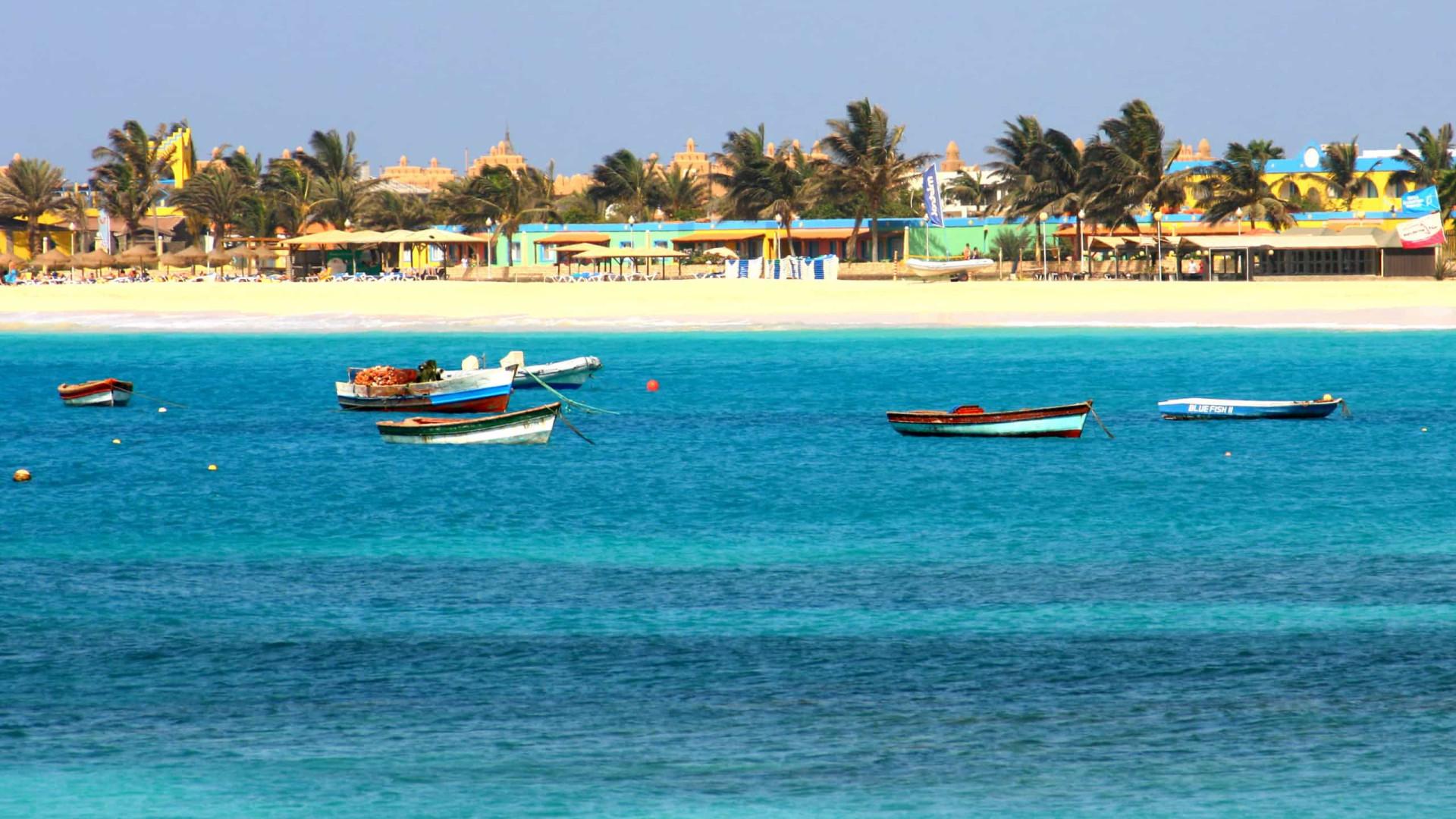 Turistas em Cabo Verde gastam menos de 1/4 do orçamento de férias no país