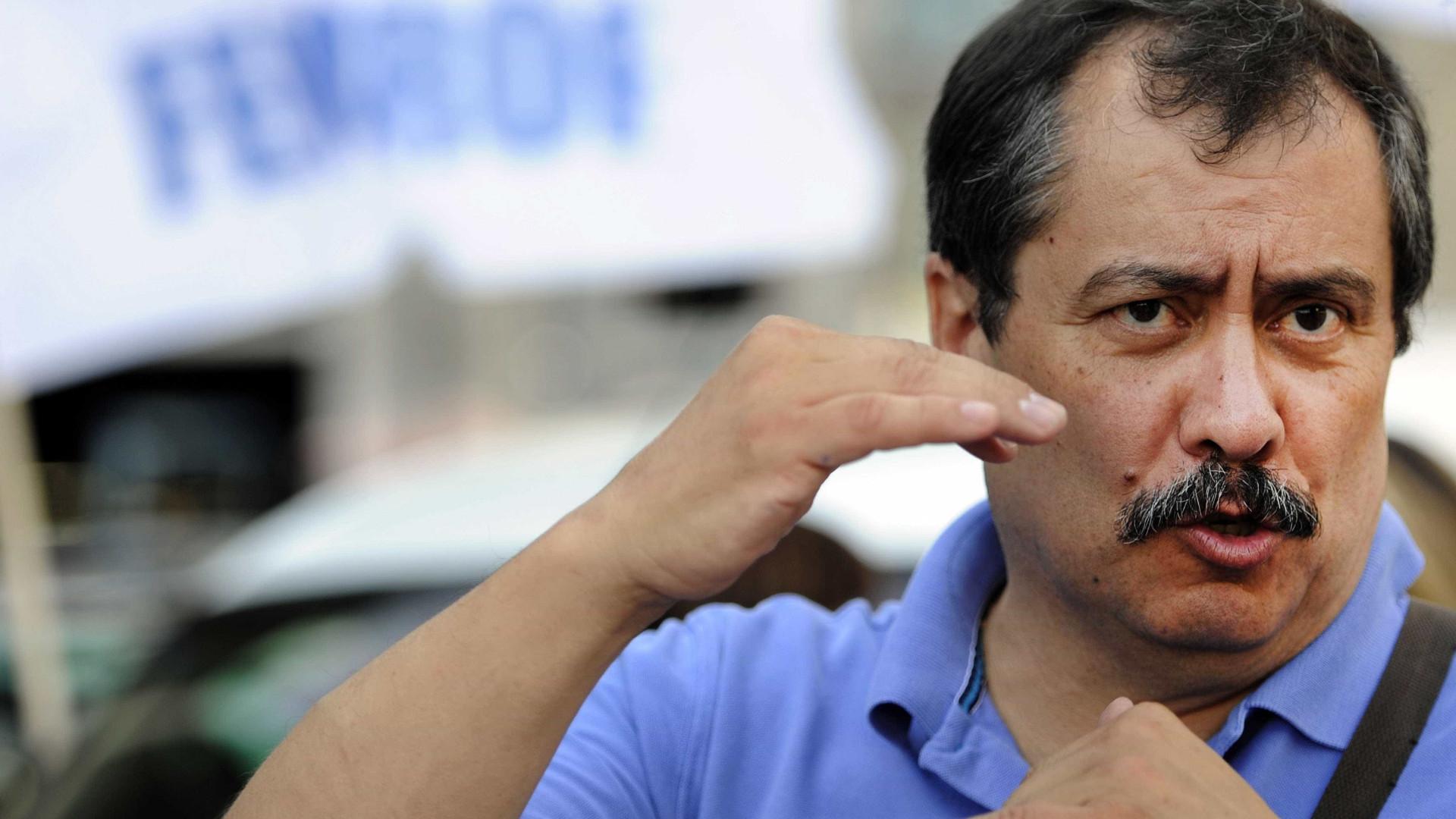 Fenprof mantém manifestação apesar de internamento do ministro