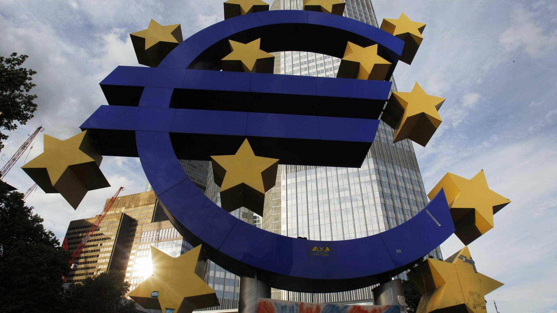 Taxas Euribor mantêm-se a três e seis meses, sobem a nove e caem a 12