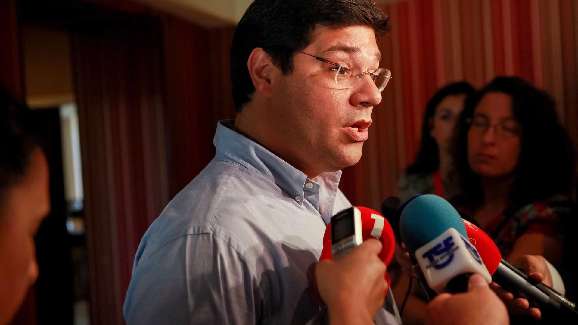 """Propostas de Costa são um """"roteiro para o vazio"""""""