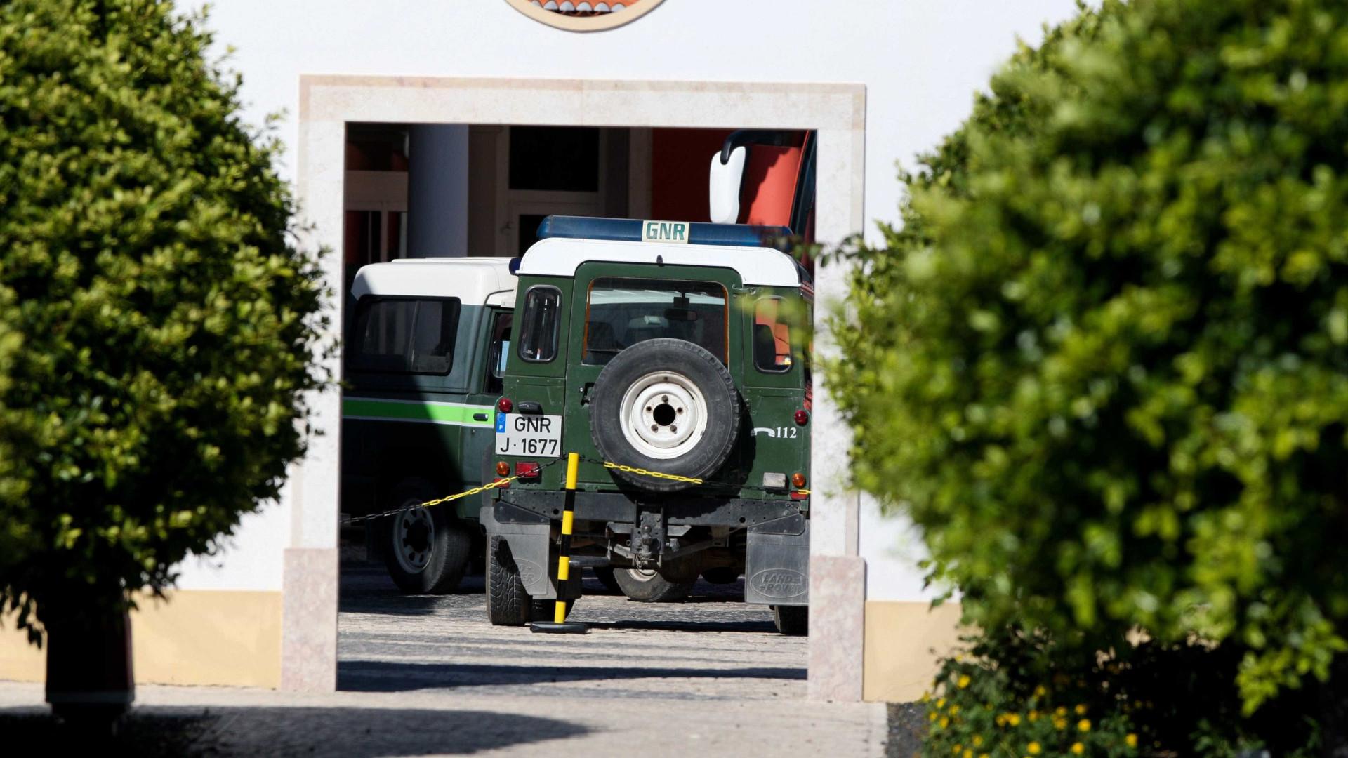 Dois militares da GNR agredidos por amigos de infrator