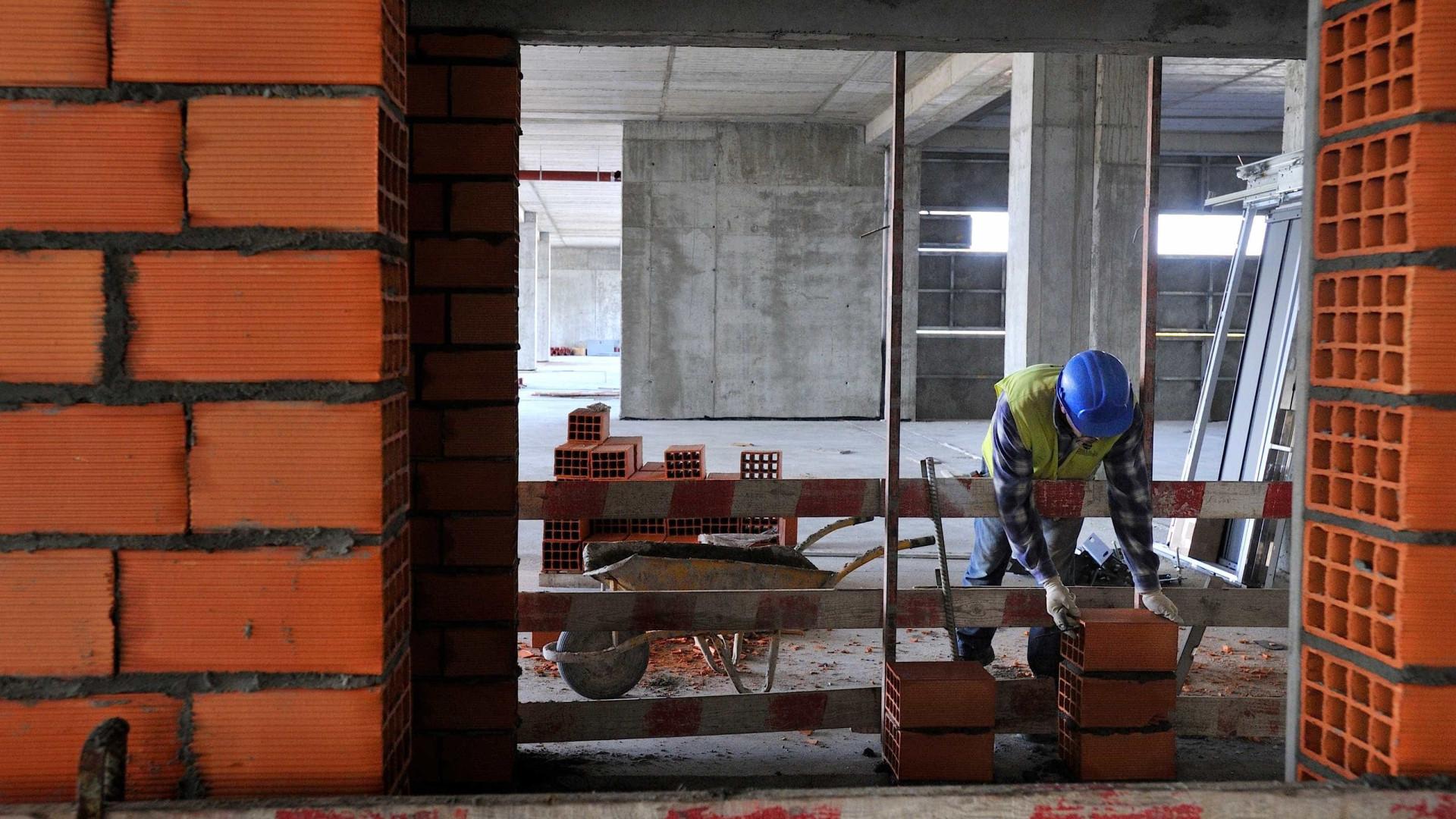 Autarquias devem quase 400 milhões à construção