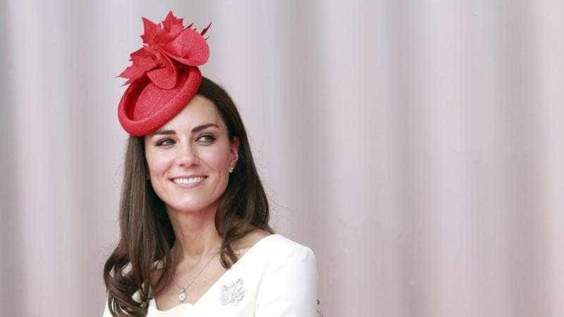 Kate Middleton recebe sapatos Louboutin 'inesperados'