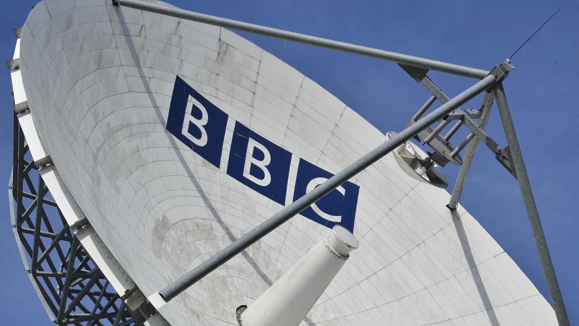"""Jornalista da BBC que tem documentado cancro revela só ter """"dias de vida"""""""