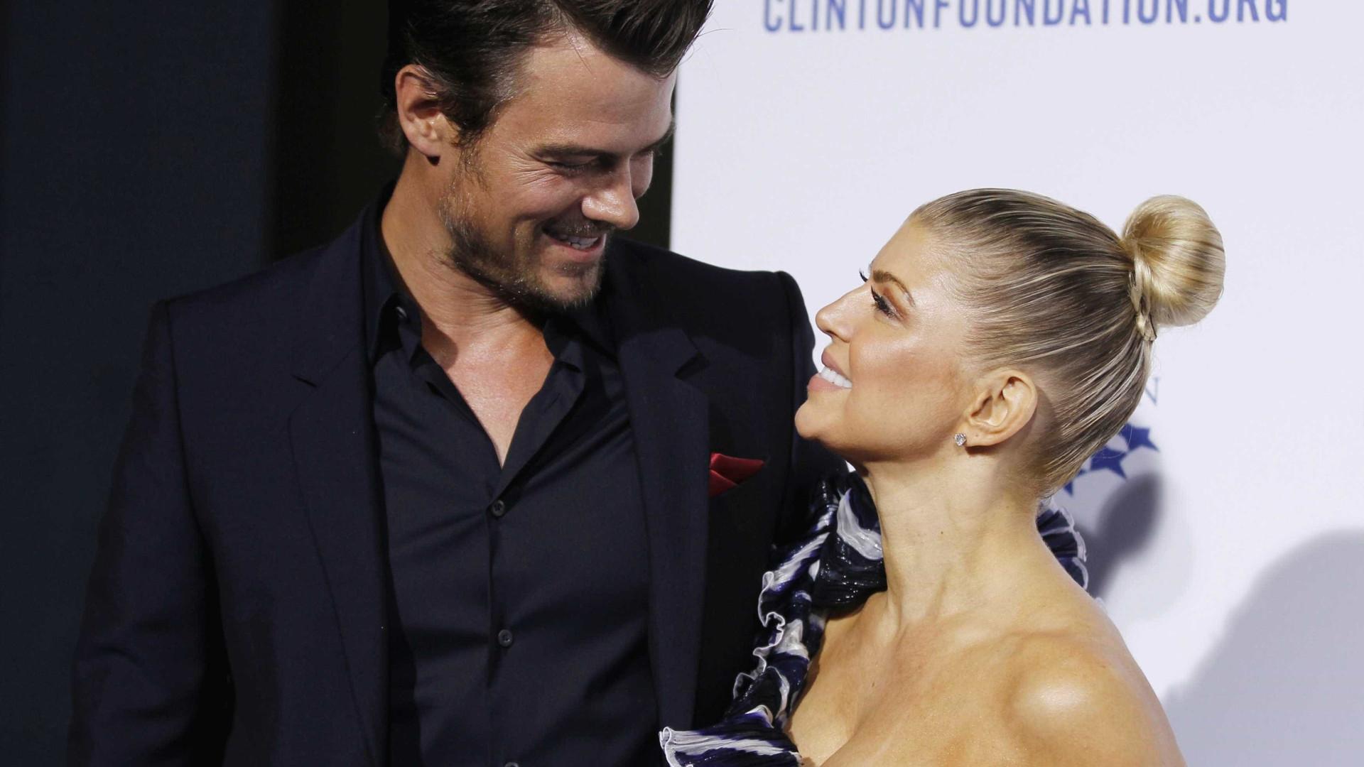 """Fergie recebe elogios do ex-marido: """"Ela é uma mãe incrível"""""""