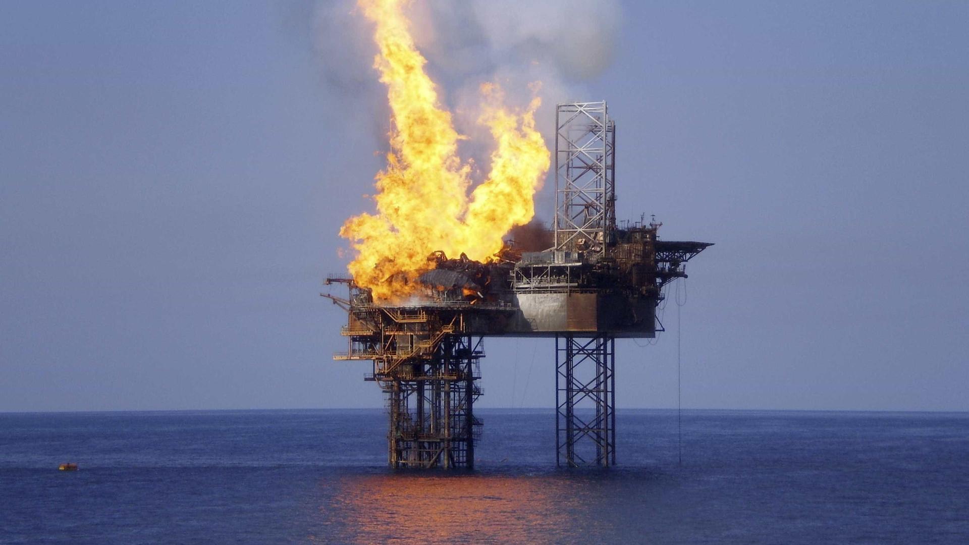Reservas de petróleo dos EUA sobem pela terceira semana consecutiva