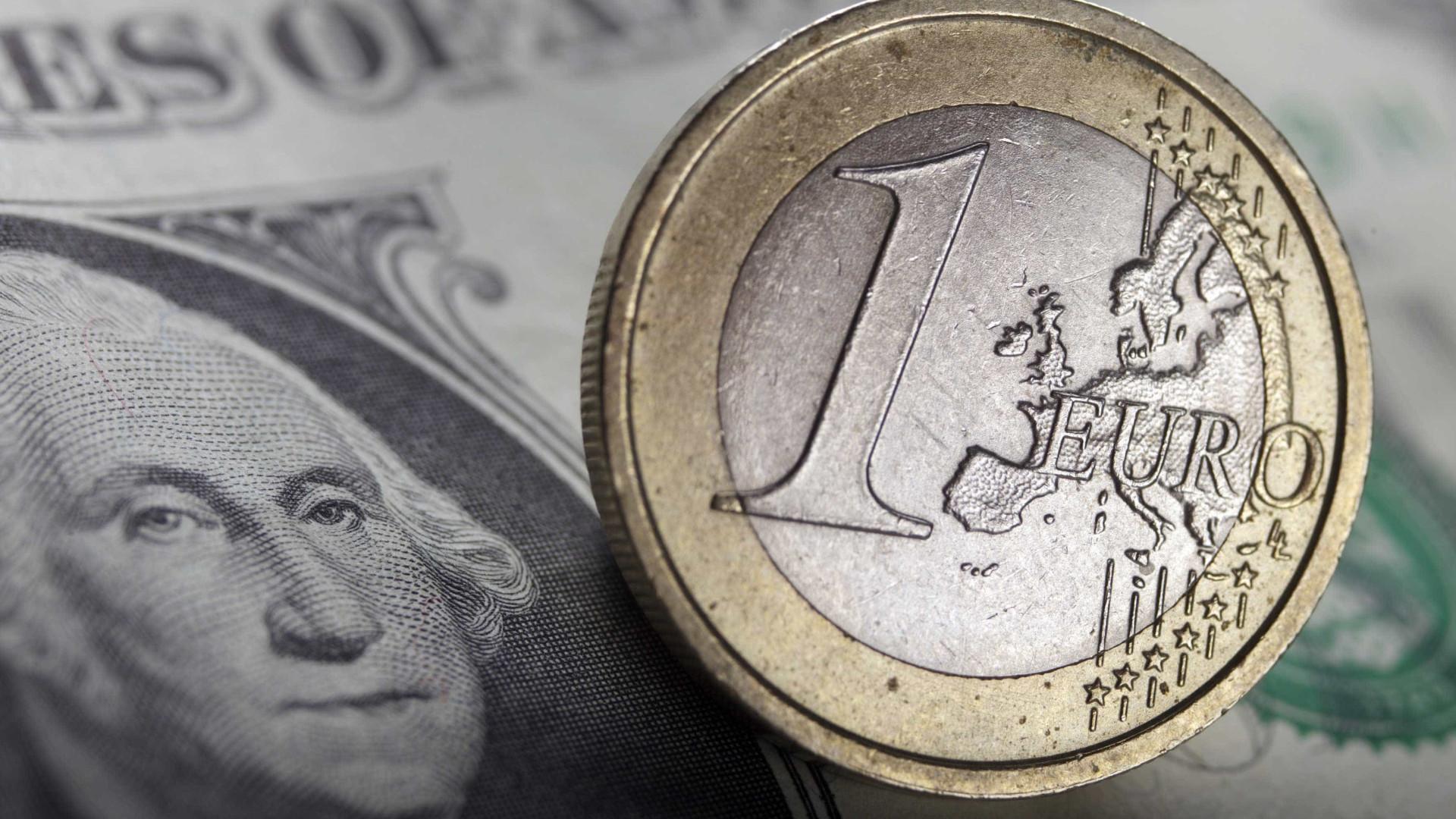 Na calma do verão, o euro quebra máximos de dois anos e meio