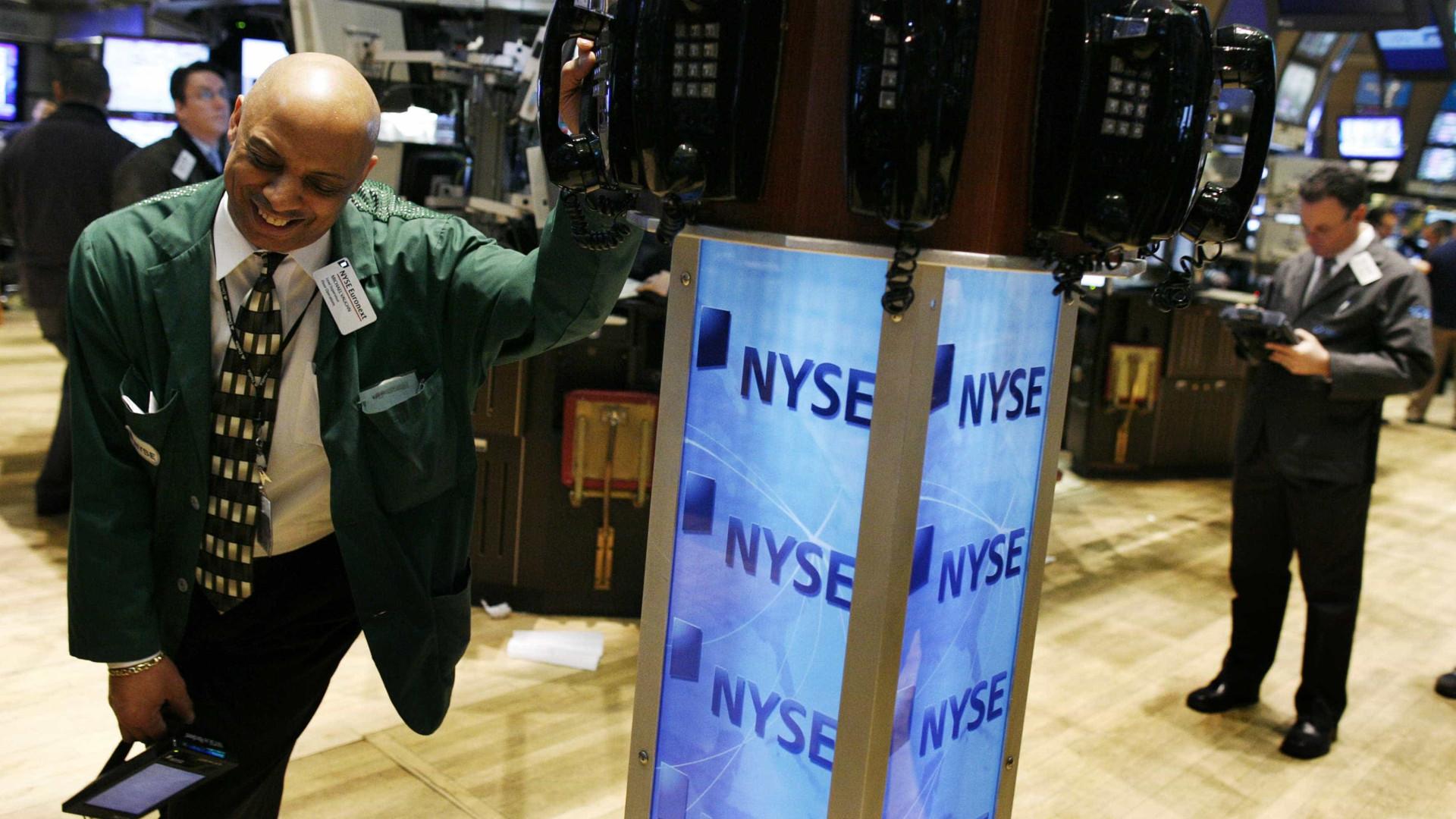 Nasdaq regressa aos recordes e S&P 500 estabelece máximo de fecho