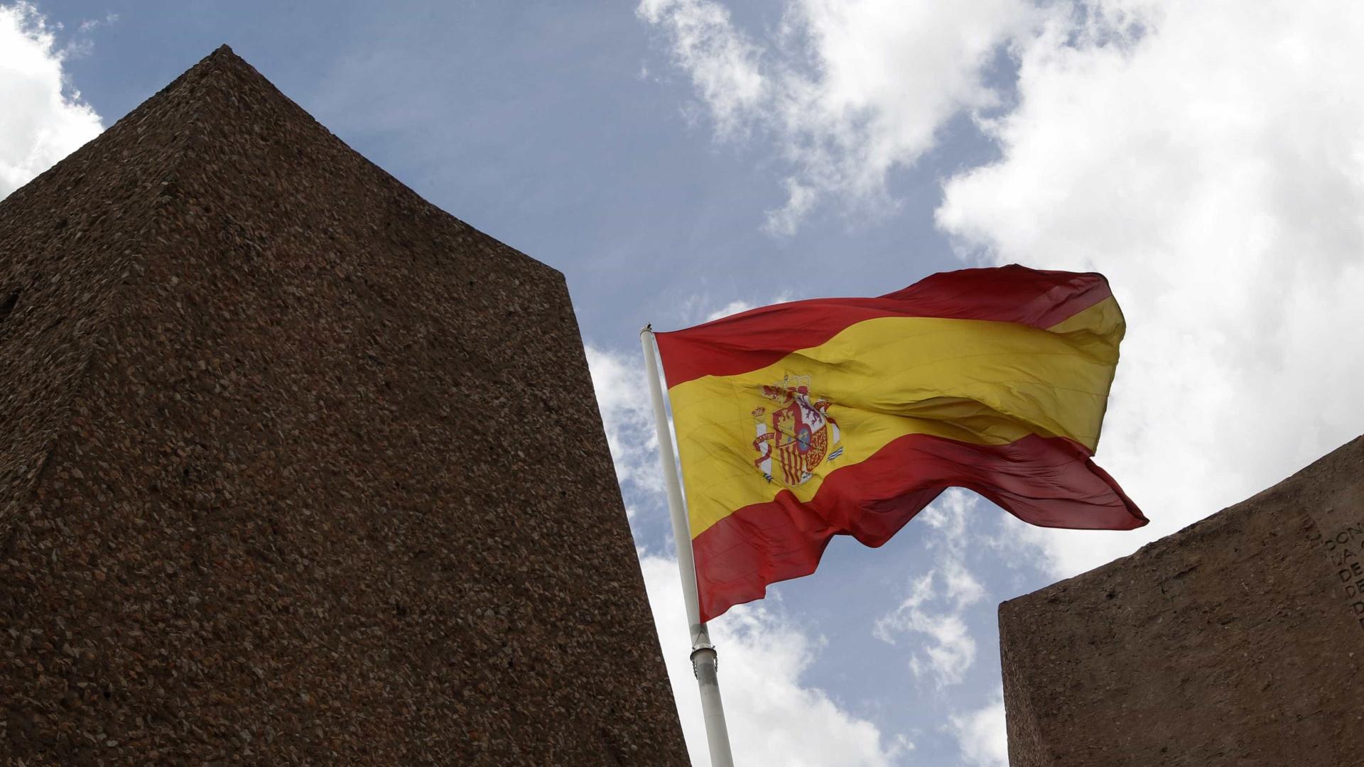 Espanha vende dívida a três e nove meses a taxas de juro negativas