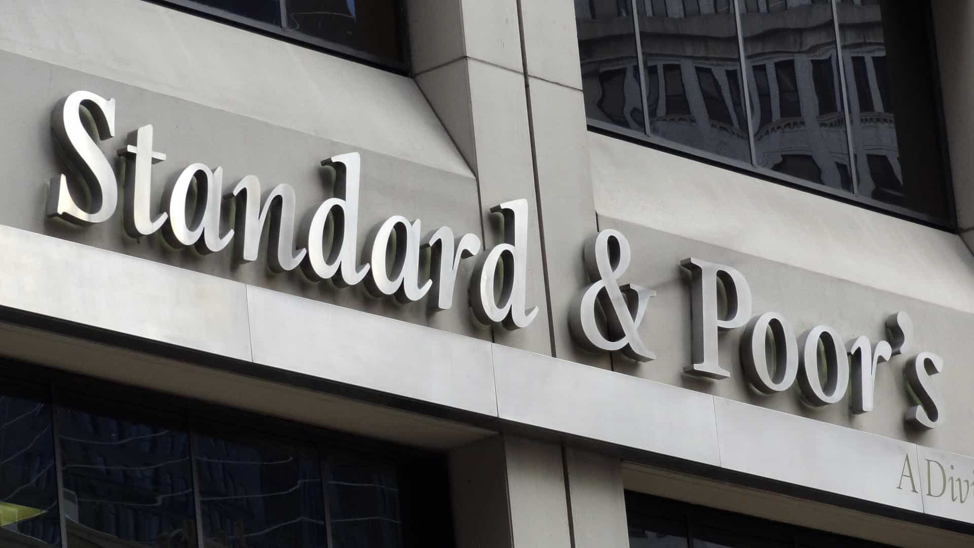 Standard and Poor's sobe perspetiva do BCP