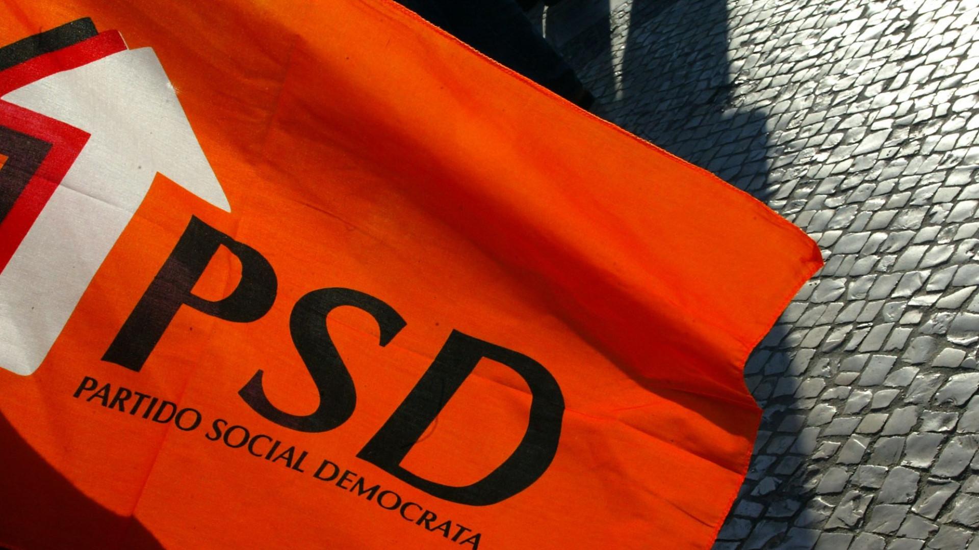 PSD prepara expulsão de quase 400 militantes