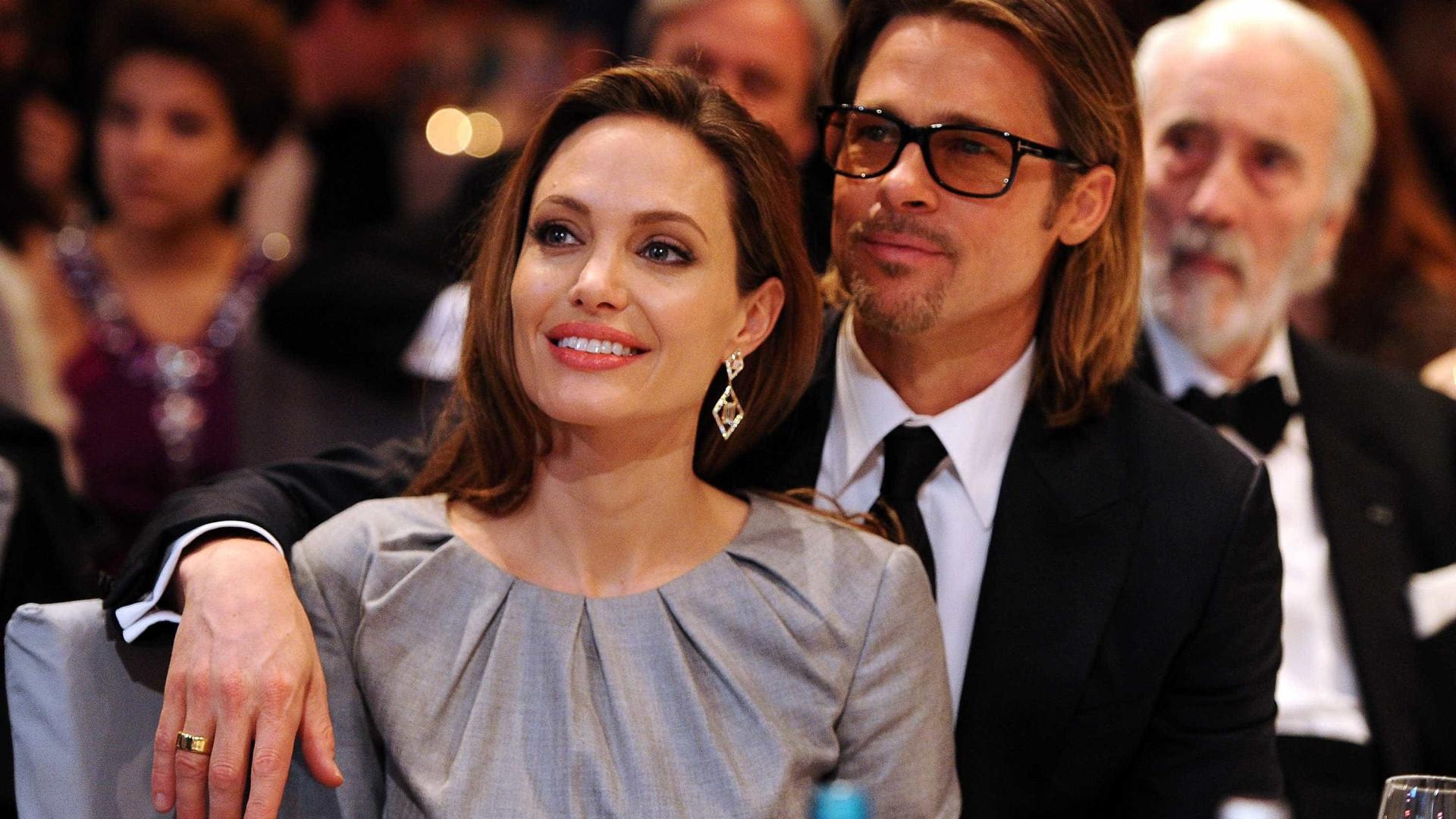 08f03f0b60a Angelina oferece ilha a Brad Pitt