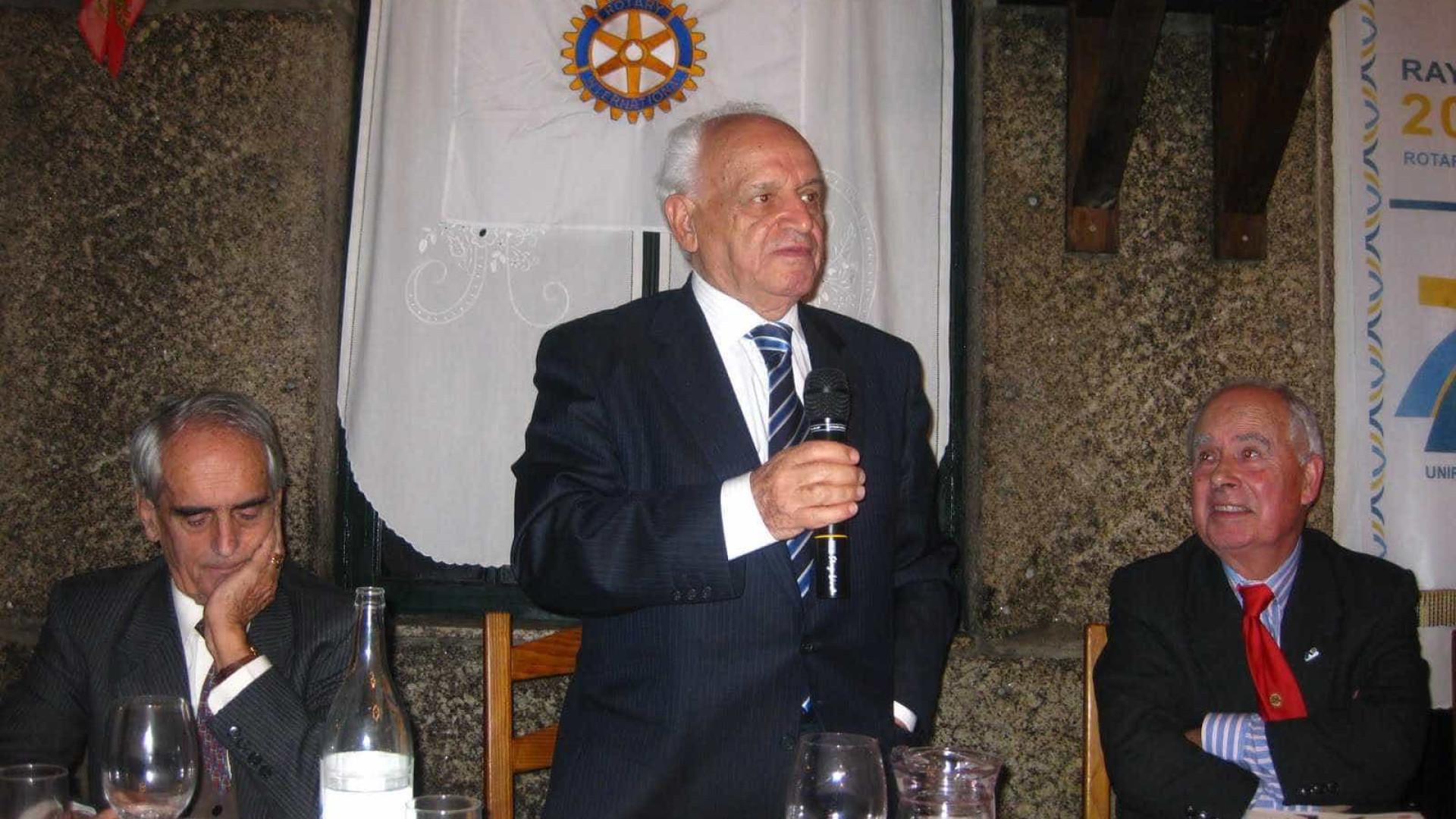 Universidade de Évora atribui Honoris Causa a antigo ministro Veiga Simão