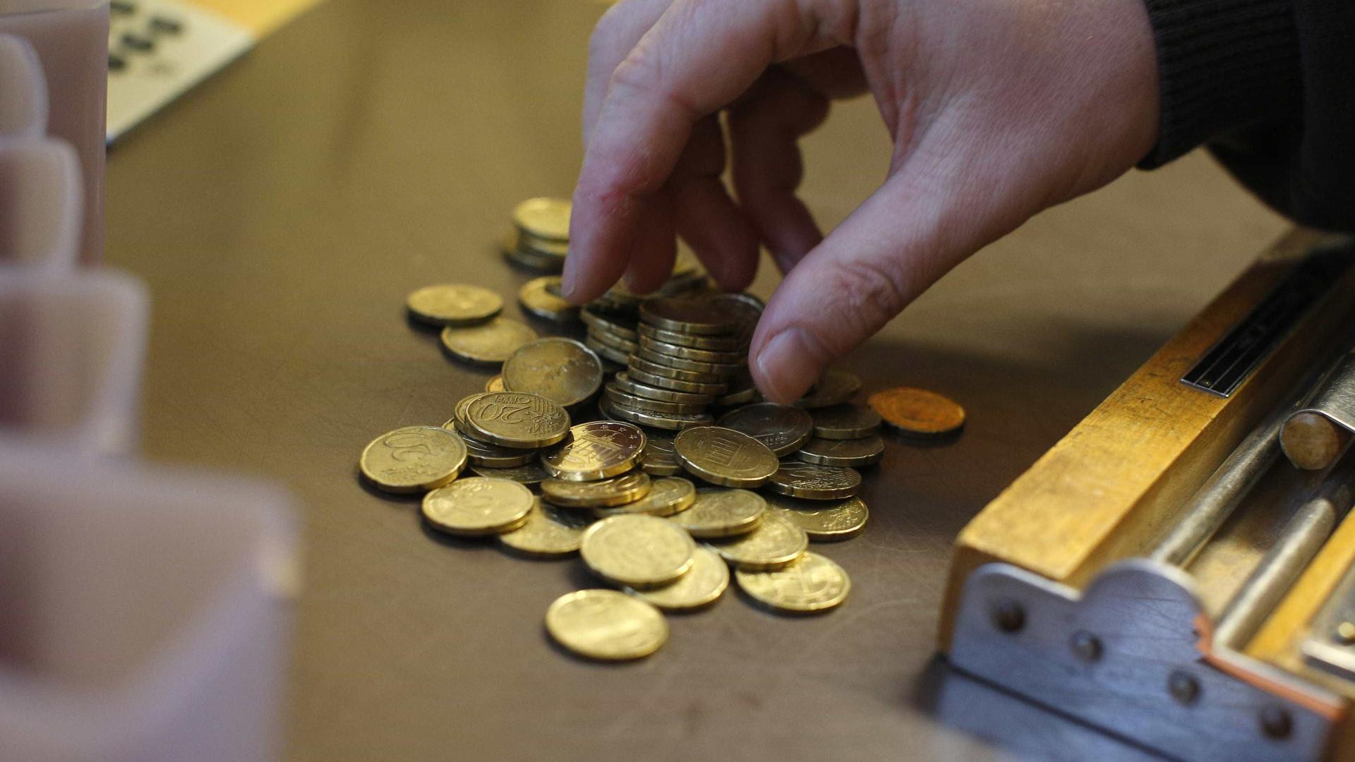 Euro sobe depois de conhecidos números do emprego nos EUA