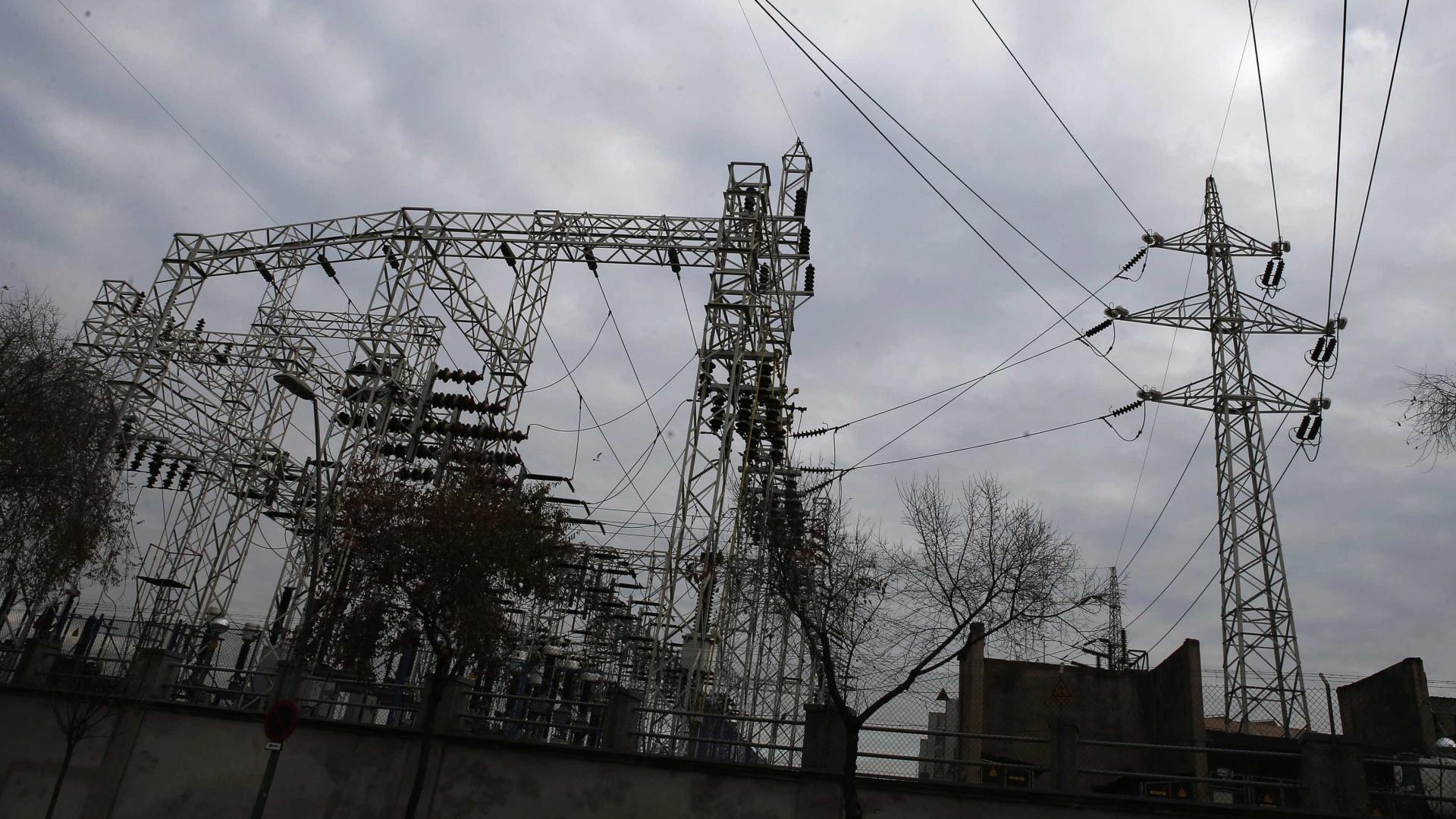 Parte de distribuidora de energia italiana vendida a chineses