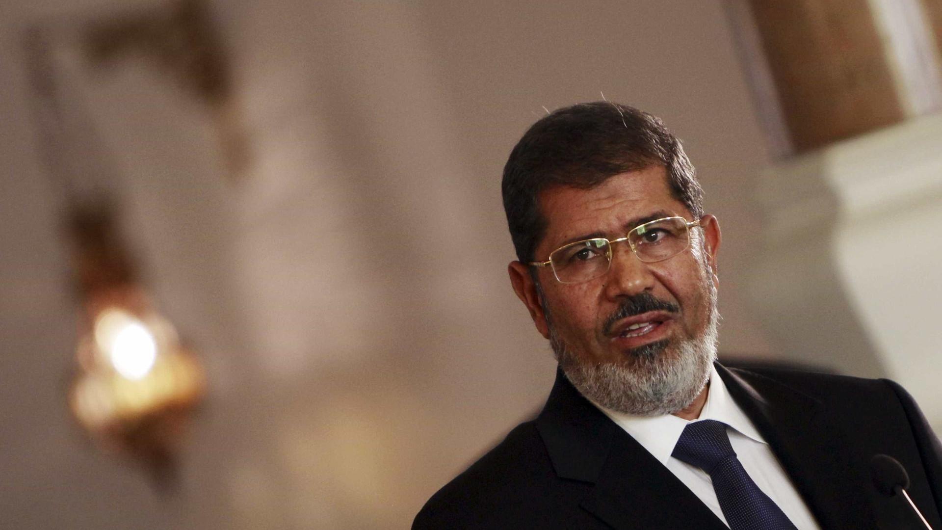 Repressão instalou-se no Egito desde afastamento de Morsi em 2013