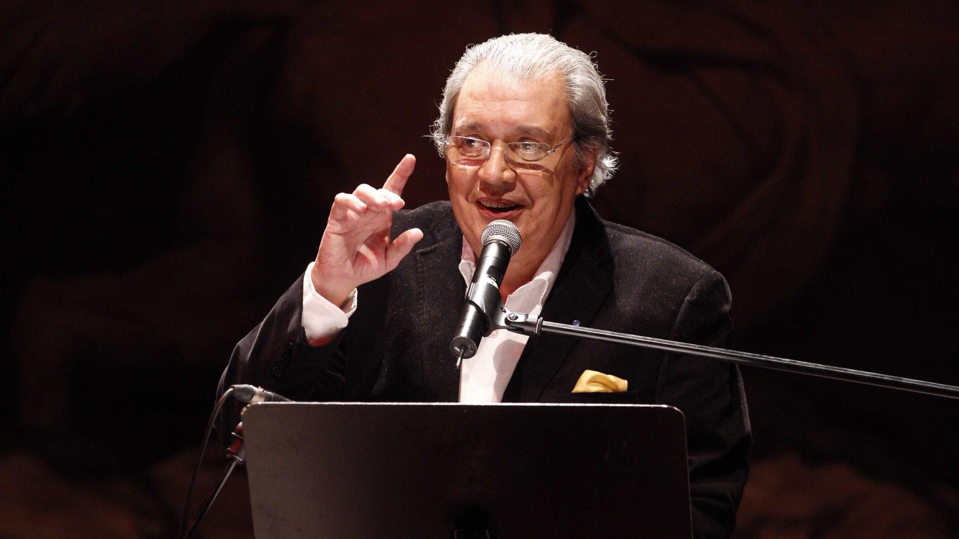 Salvador Sobral faz versão de tema finalista do Festival da Canção