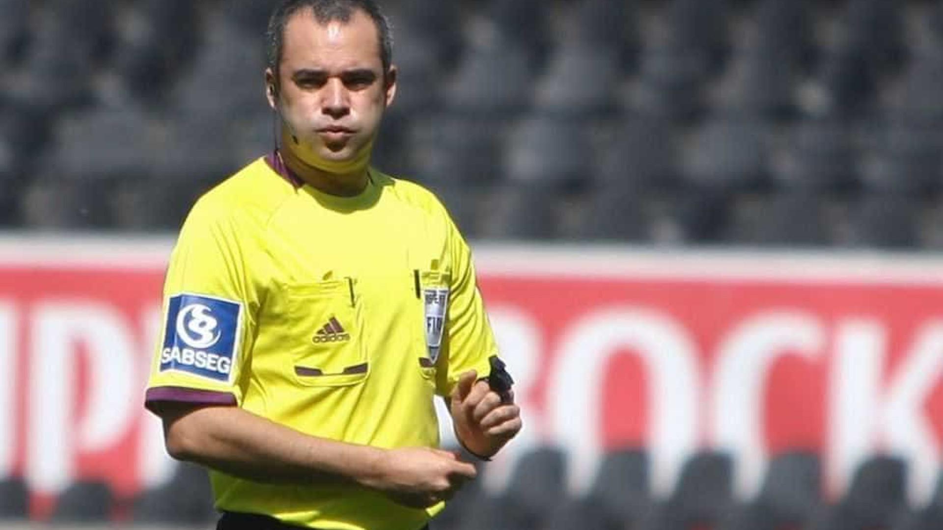 Arguido pesou na descida de Marco Ferreira. Ex-árbitro pede tempo