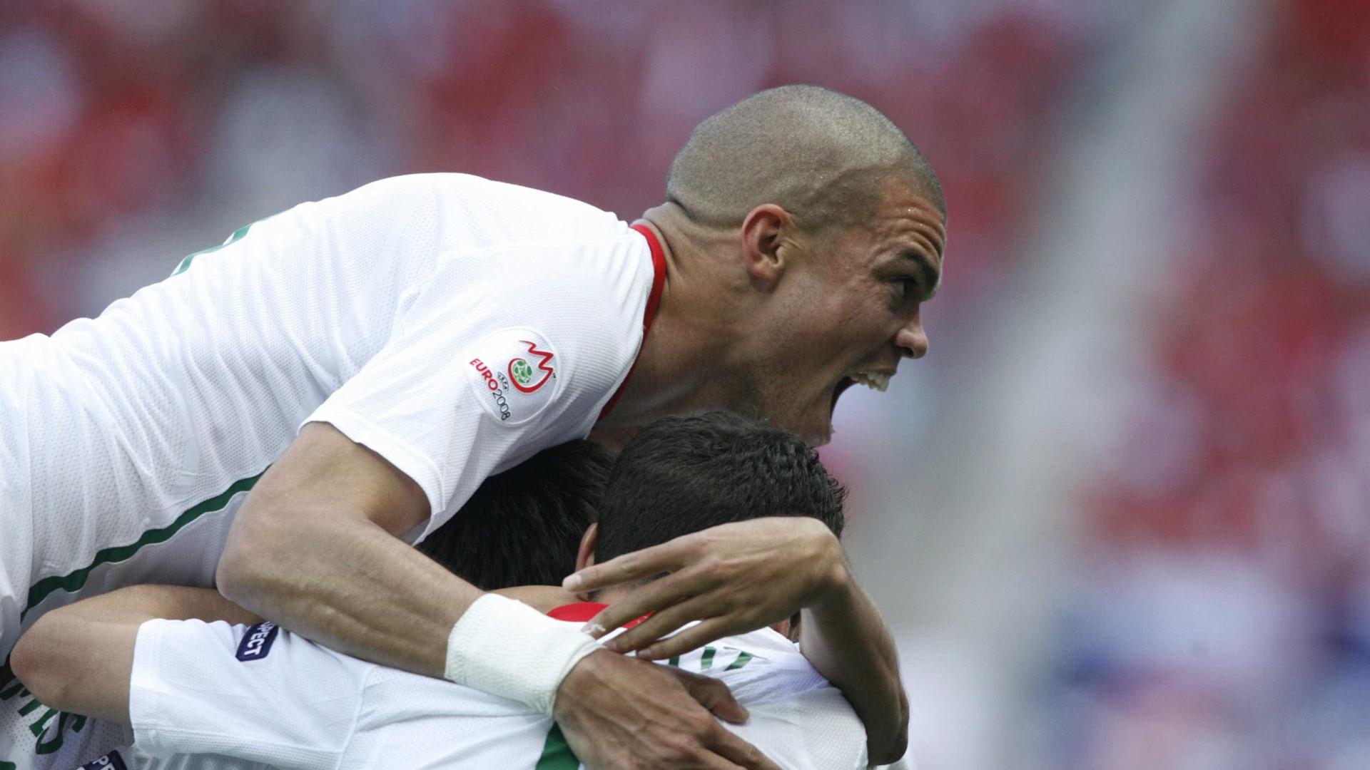 Pepe quer ficar no Real, mas tem 'chamamento' da Premier League