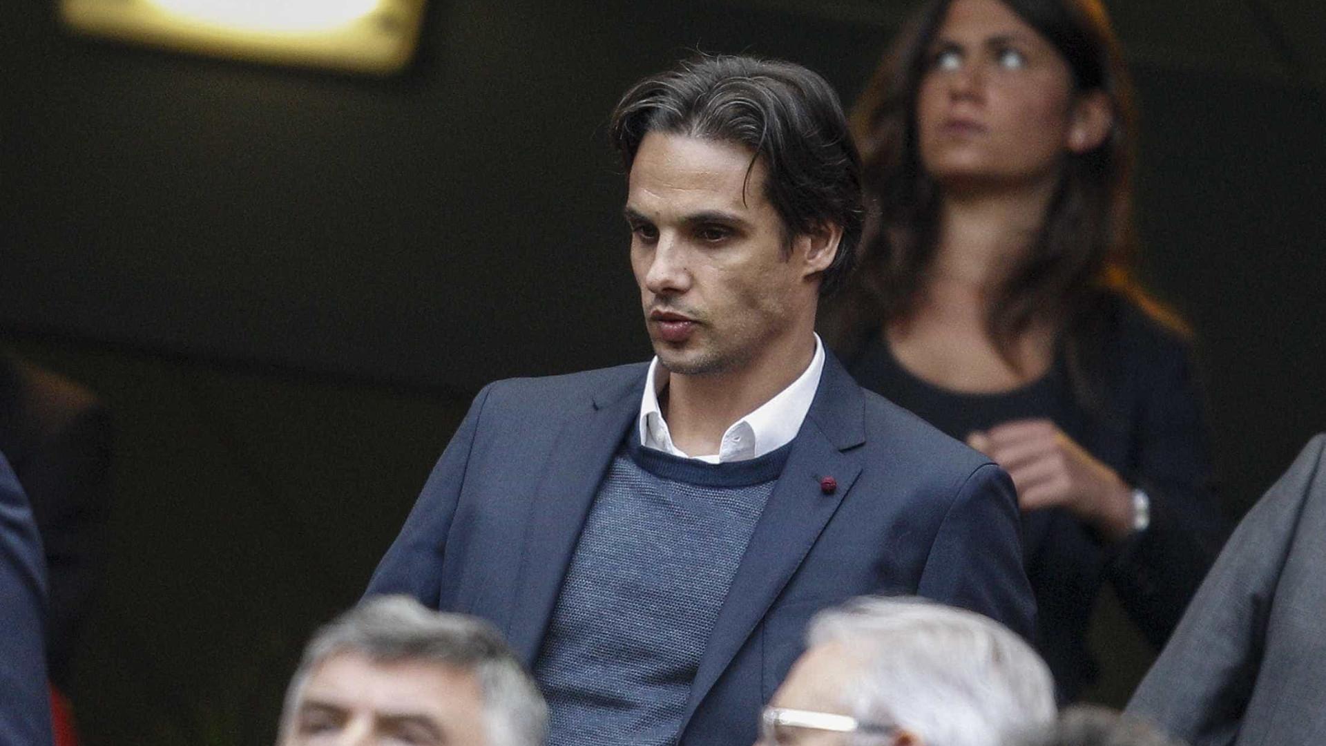 Nuno Gomes abandona o Benfica