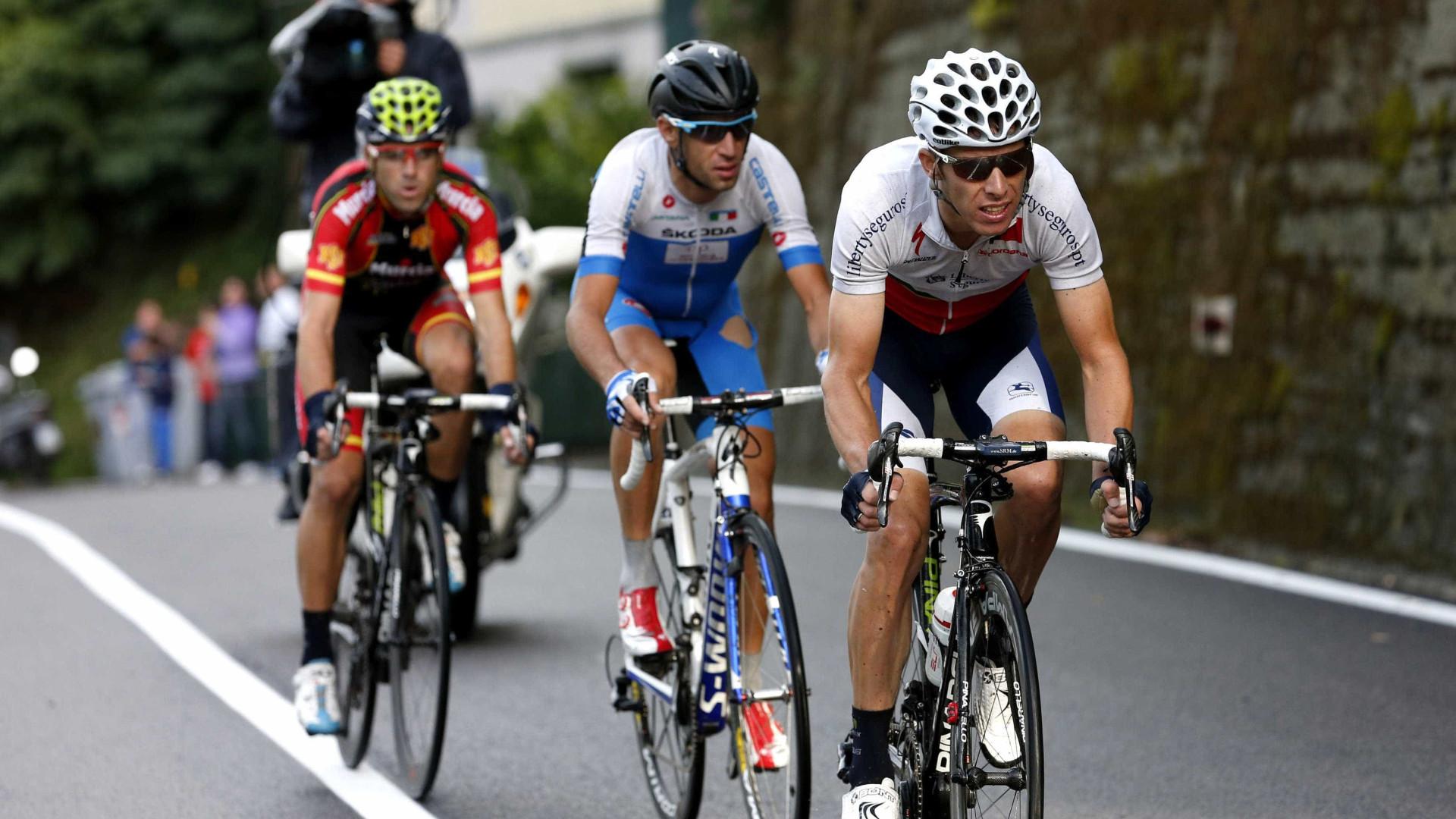 VÍDEO Alejandro Valverde abandonou o Tour após queda arrepiante