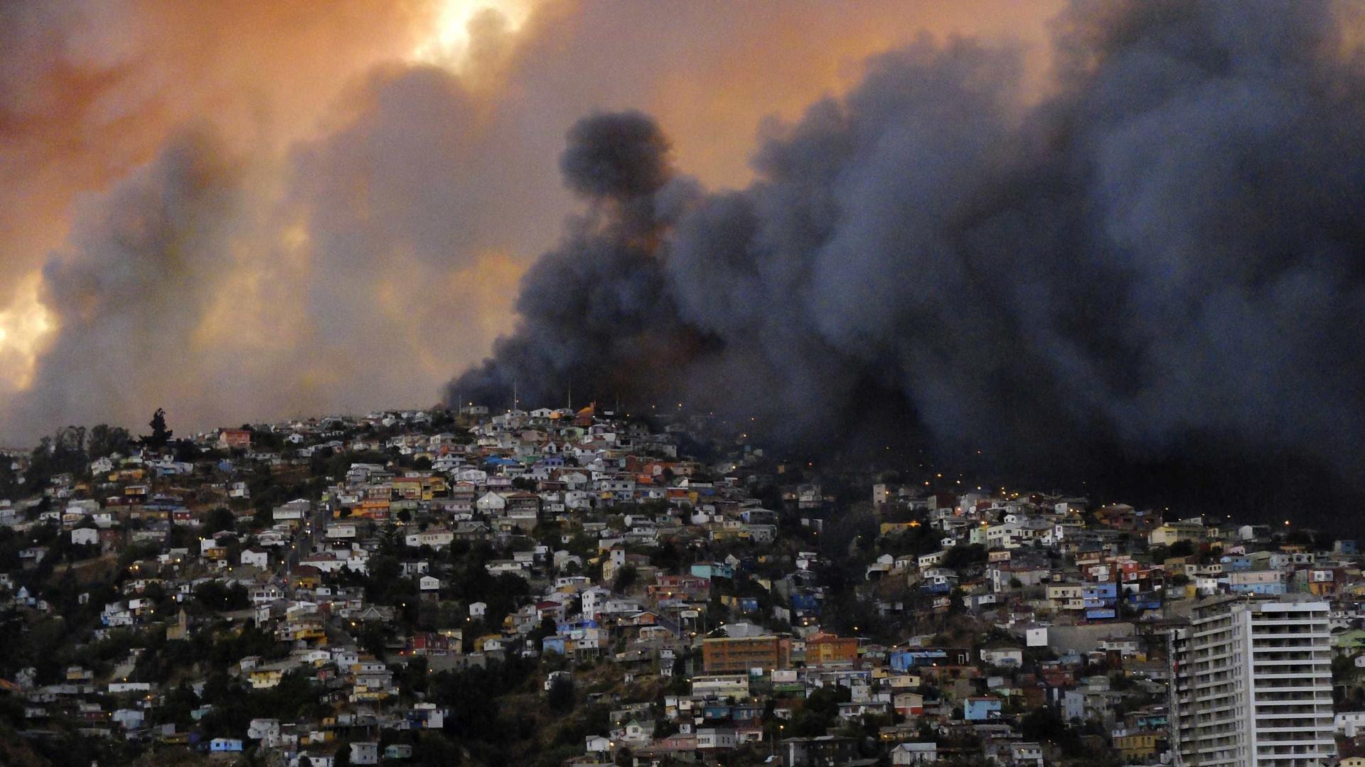 Incêndio no Chile já causou 11 mortos