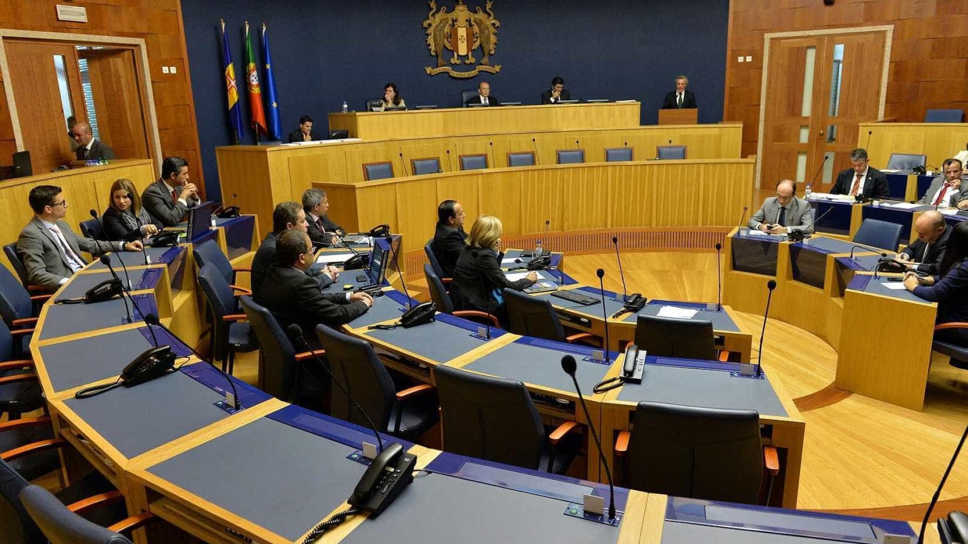 Críticas a Cafôfo e Costa marcam plenário do parlamento madeirense