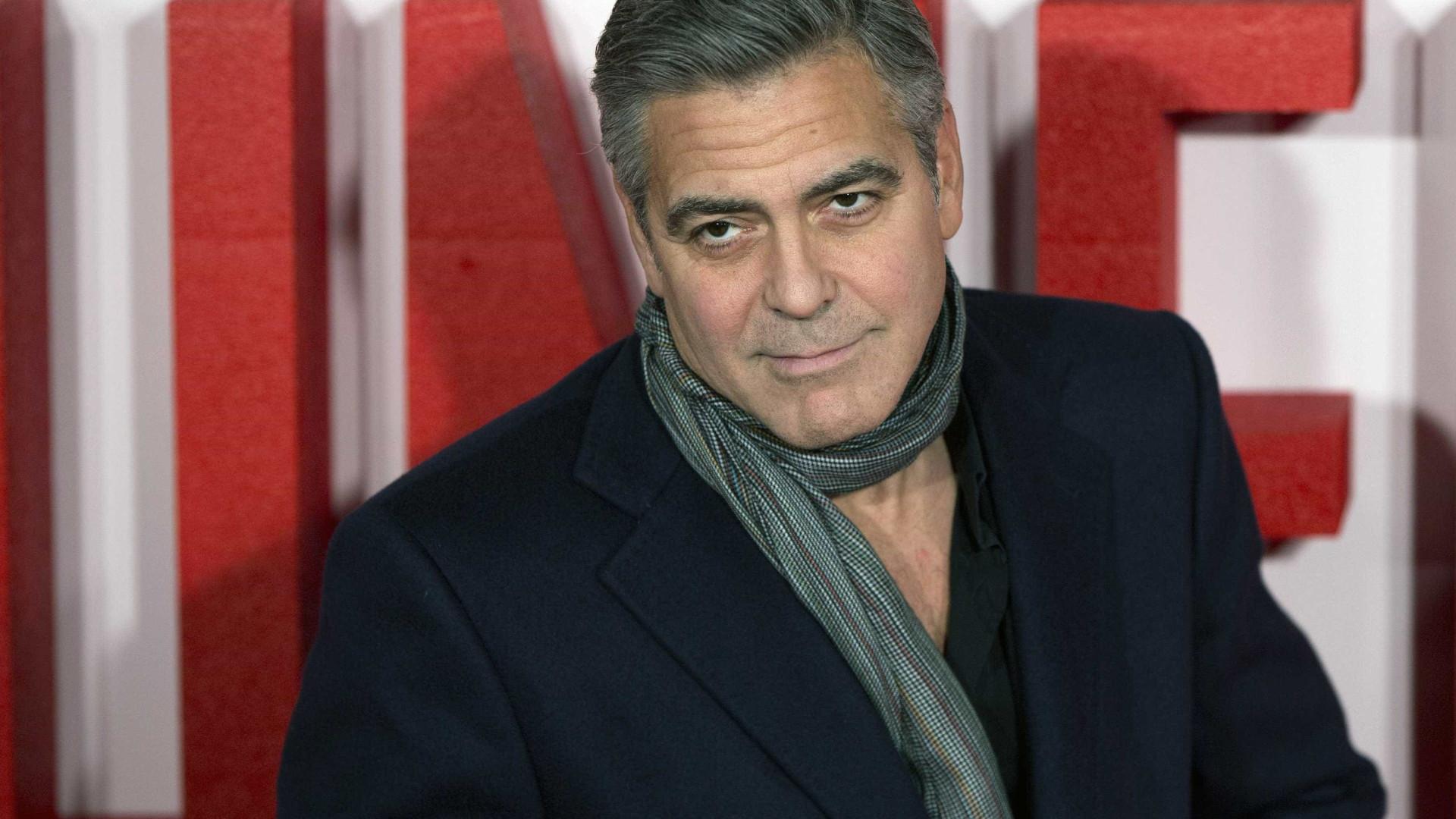 """Família de Clooney preocupada com acidente do ator: """"Podia ter morrido"""""""