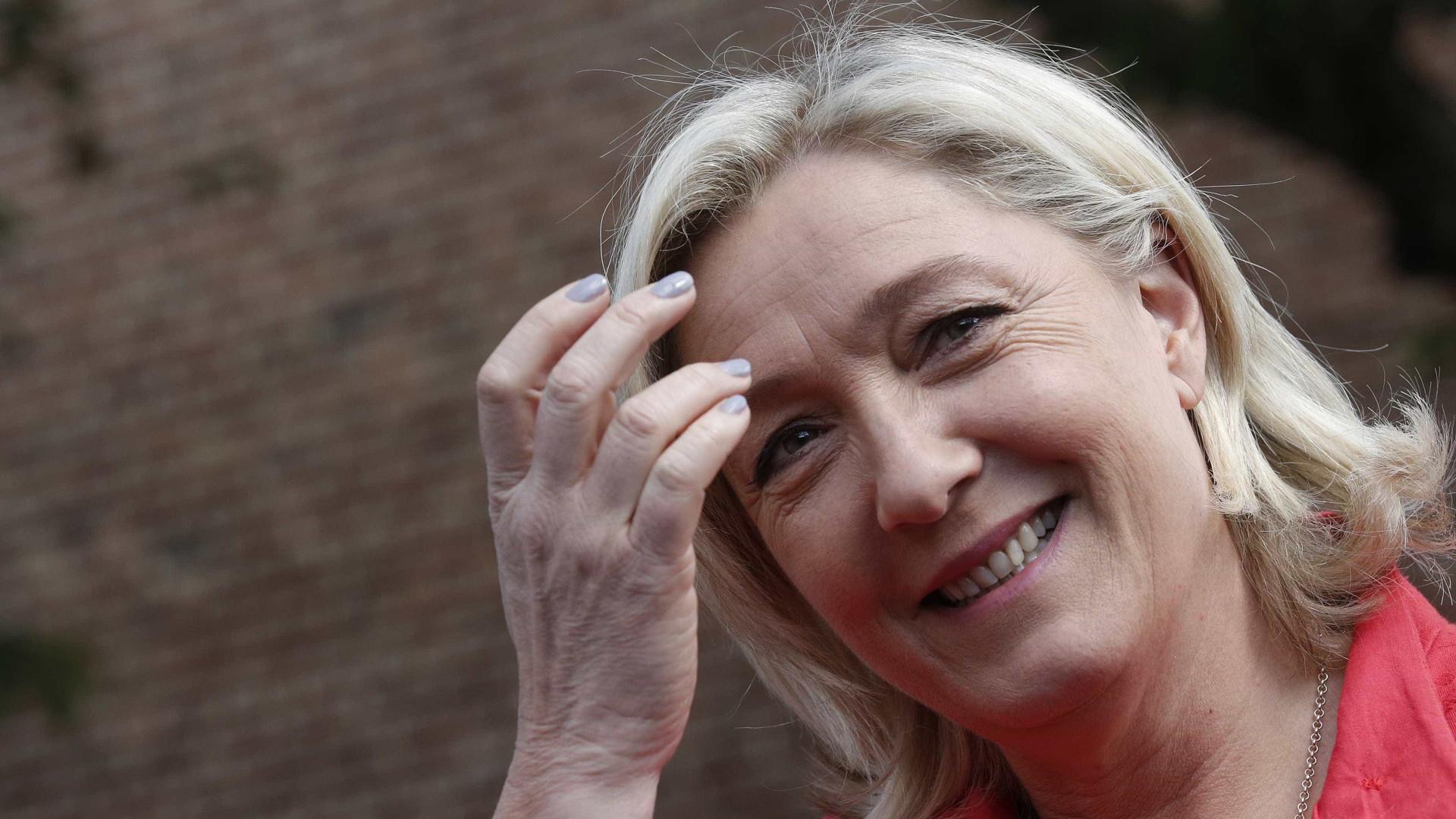 Web Summit e Marine Le Pen entre canção paródica e notícias breves