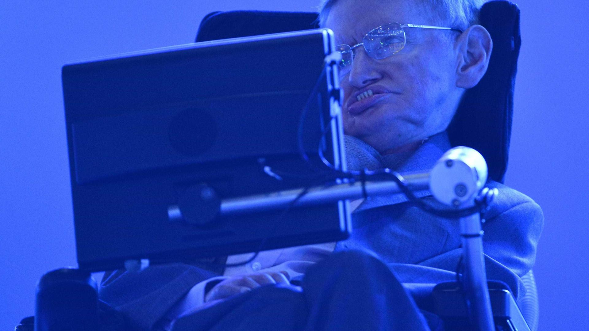 """Stephen Hawking, um dos grandes cientistas do """"nosso tempo"""""""