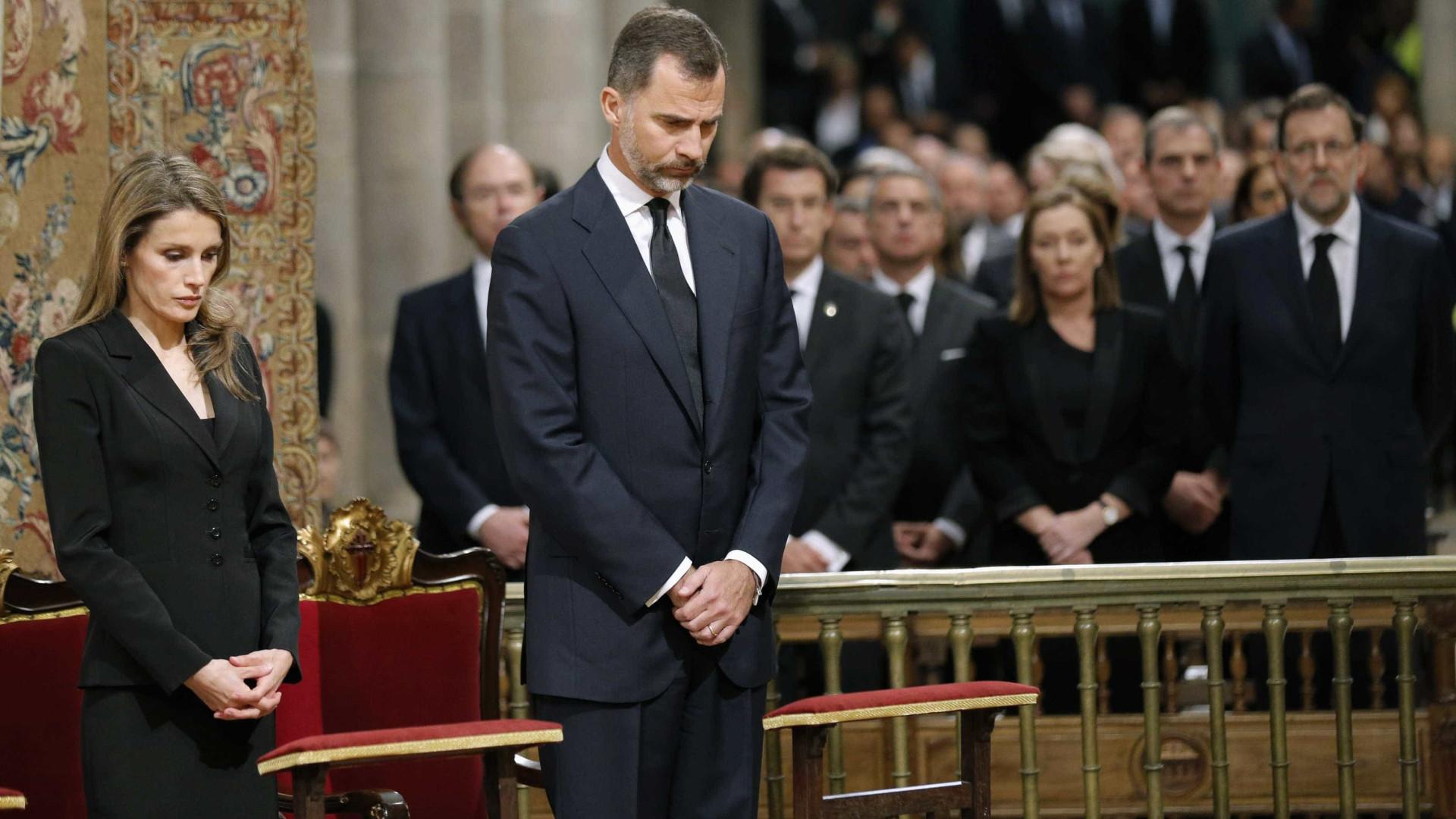 Presença de Felipe VI na homenagem a vítimas de atentados causa polémica