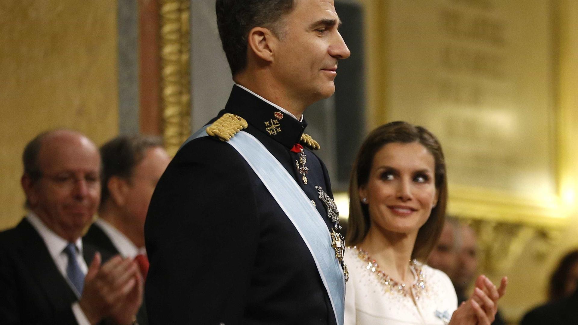 Reis de Espanha na Assembleia da República onde Filipe volta a discursar