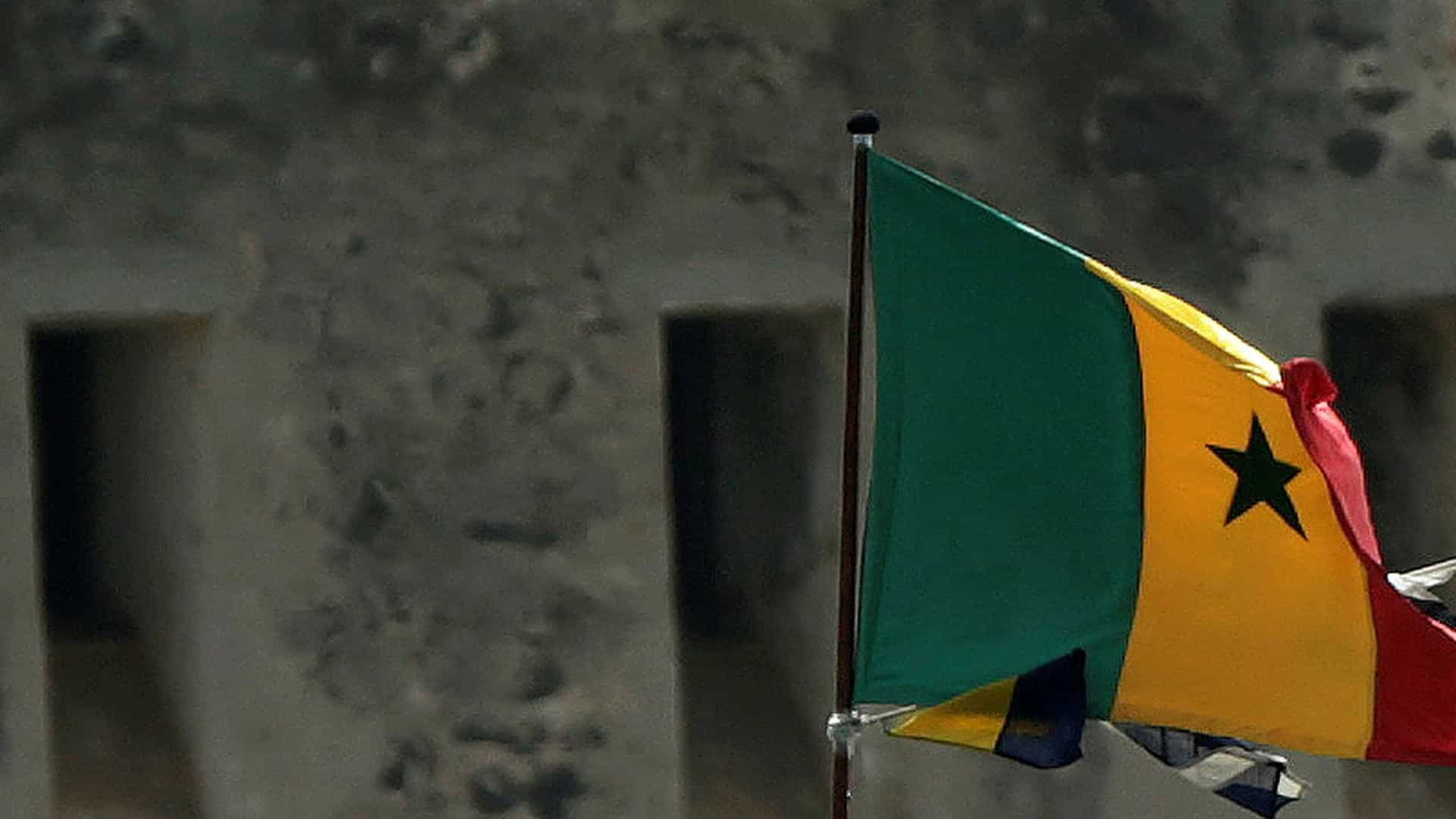 UEFA manifesta pesar pela morte de oito pessoas num estádio do Senegal