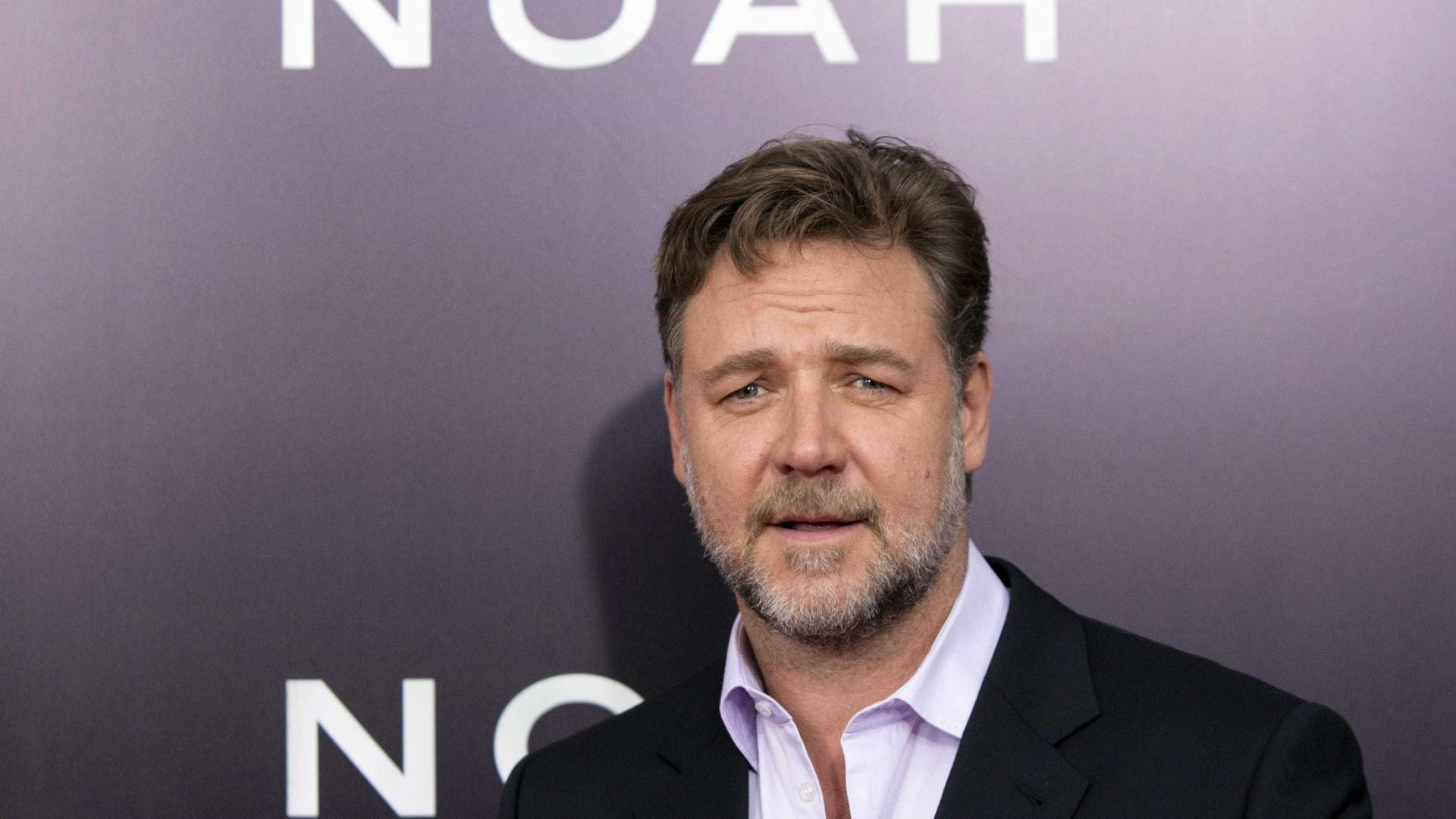 Leilão de Russell Crowe resultou em três milhões de euros