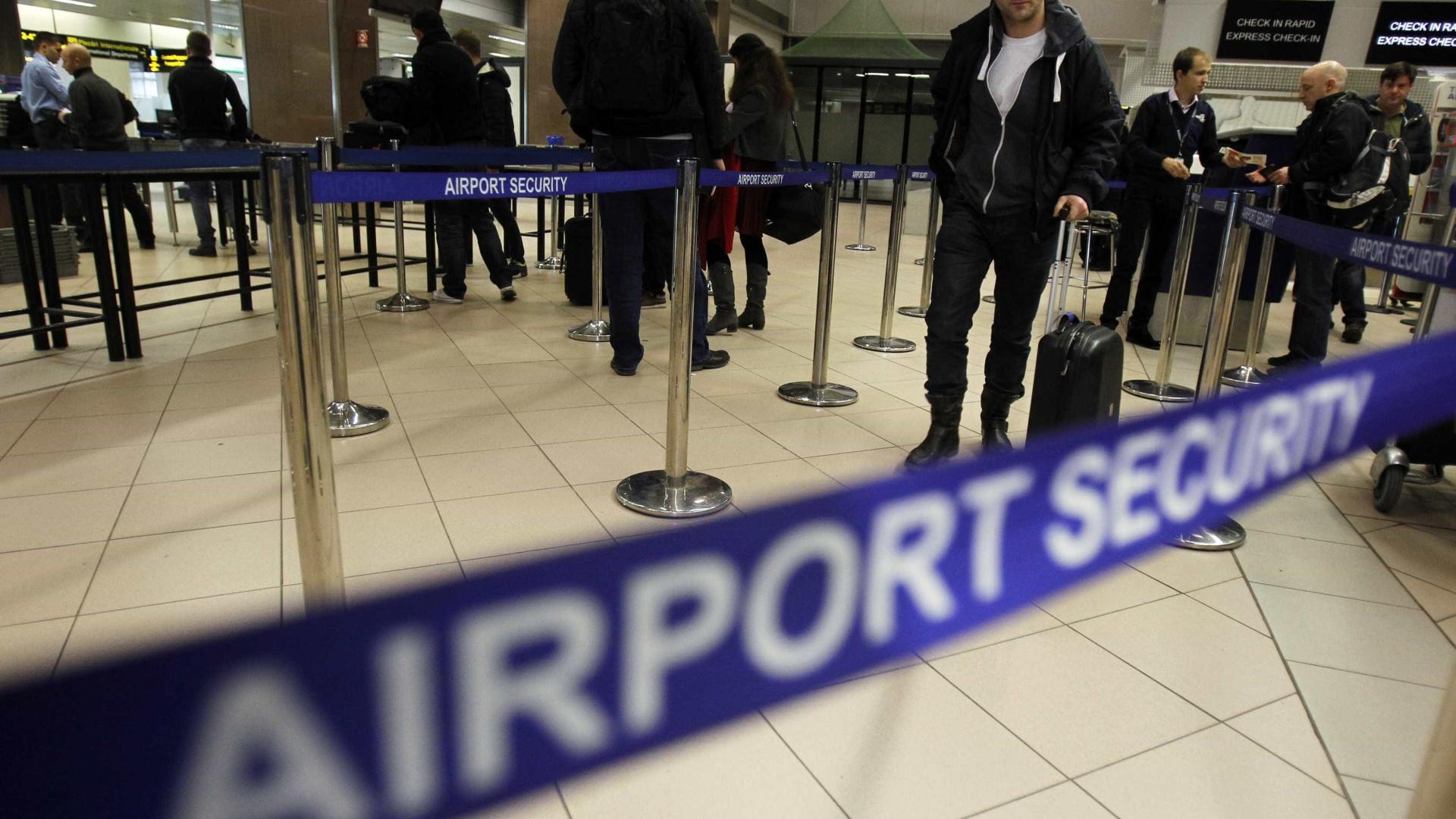 Manchester: suspeito detido no aeroporto de Heathrow