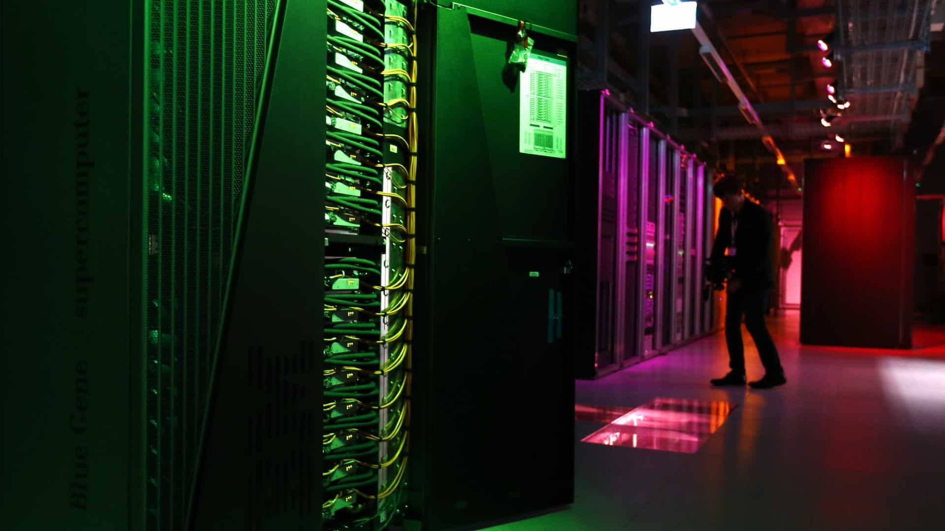 Sem dinheiro, maior computador da América do Sul pode ser desligado